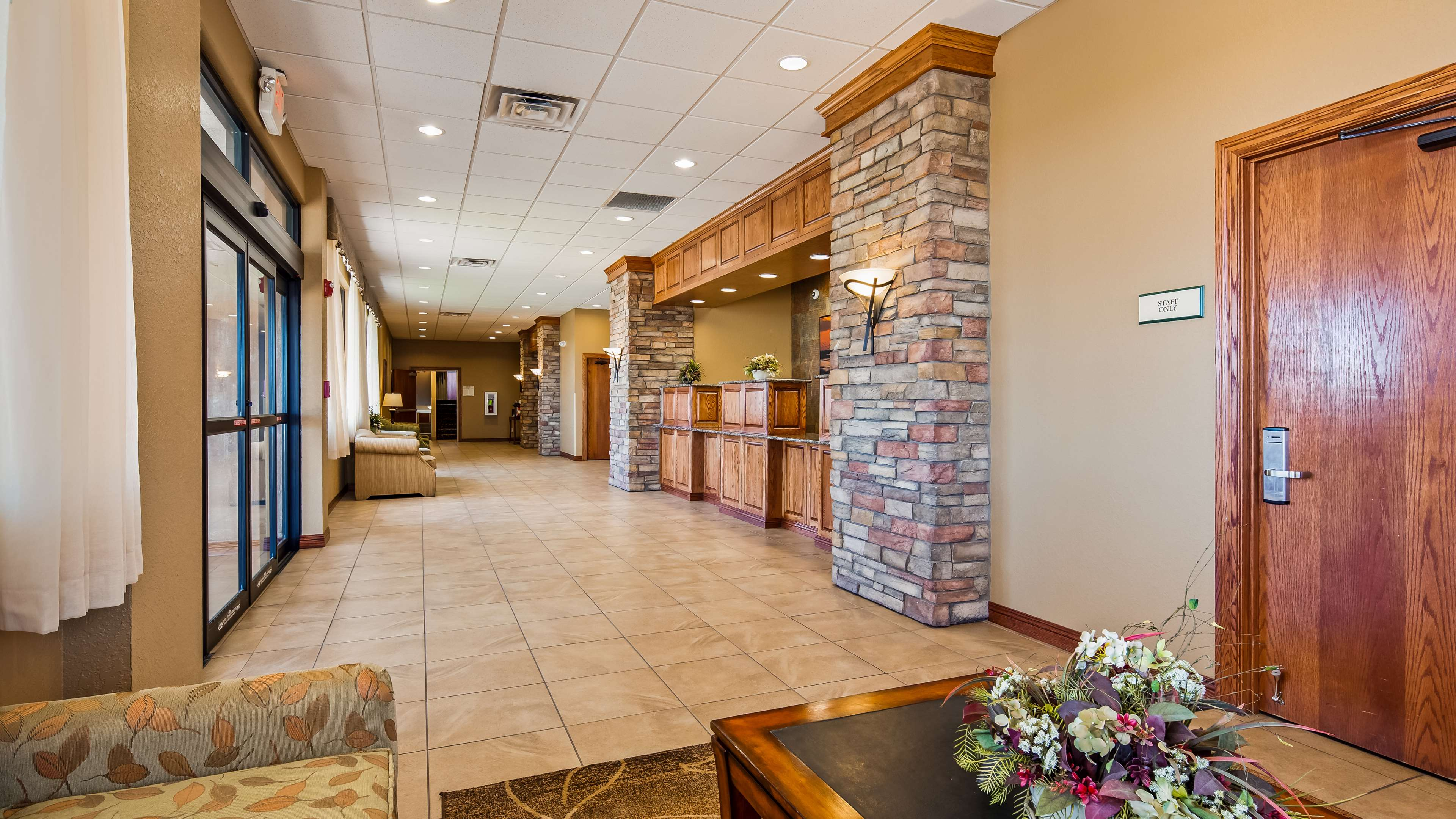 Best Western Plus Mid Nebraska Inn & Suites image 3