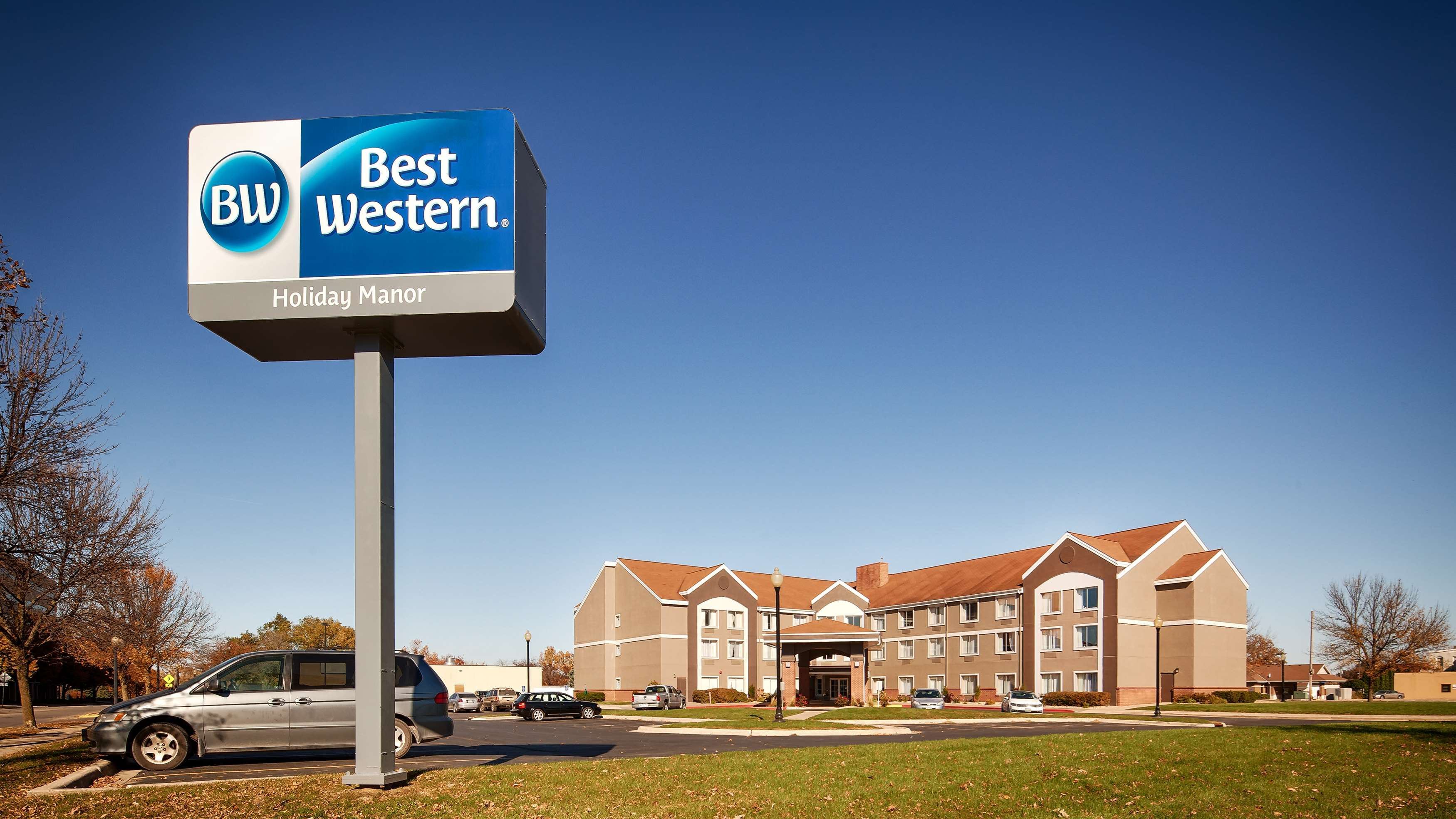Best Western Holiday Manor image 2