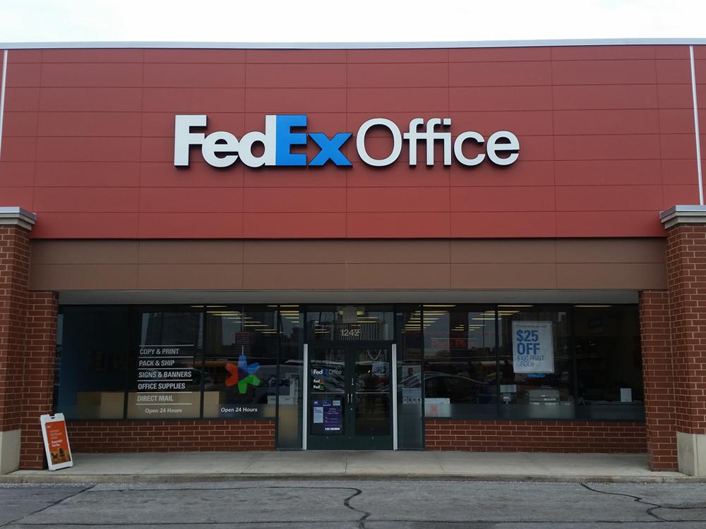 FedEx Office Print & Ship Center in Chicago, IL, photo #2