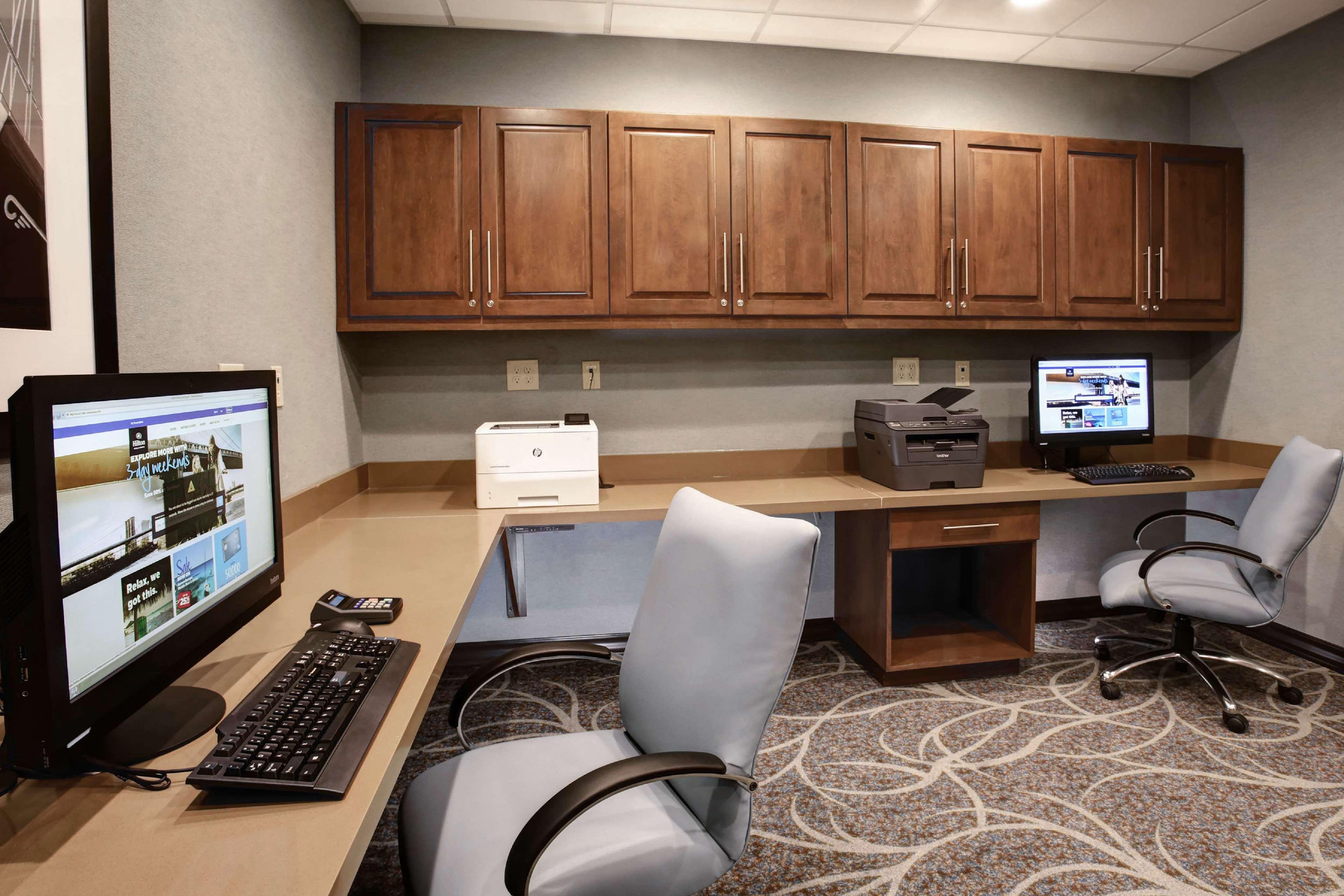 Hampton Inn & Suites Baltimore/Aberdeen image 32