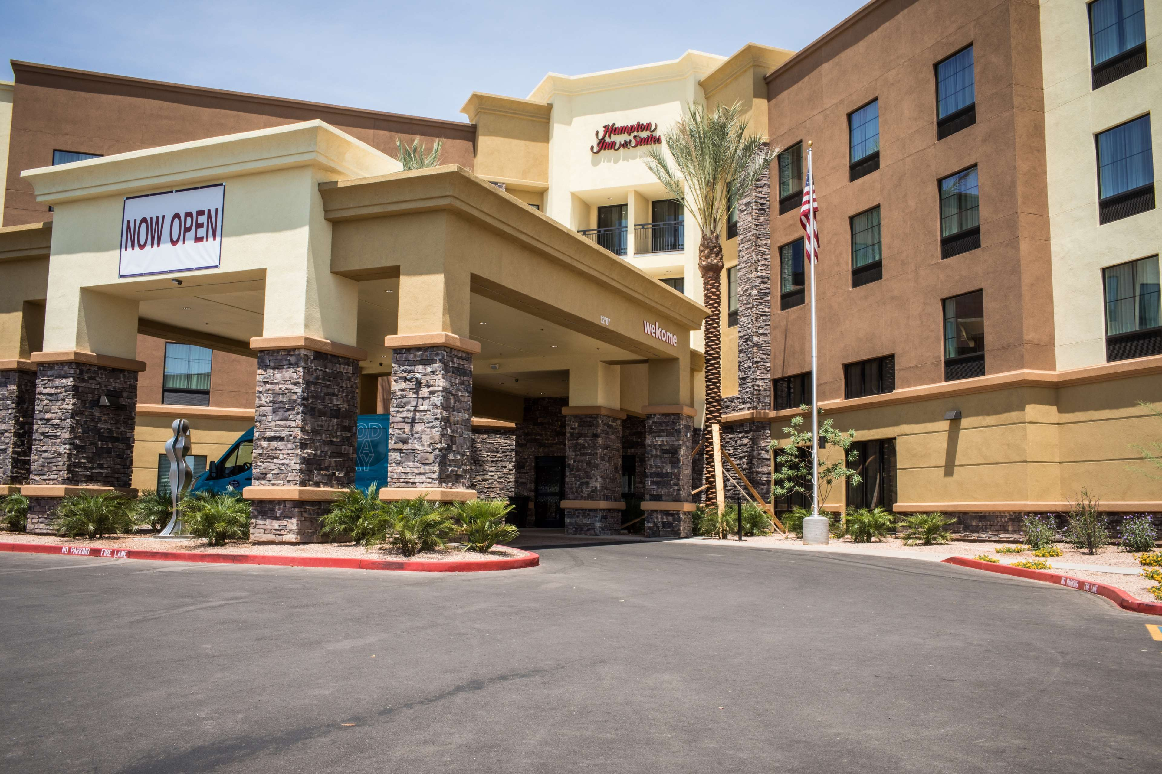 Hampton Inn & Suites Tempe - Phoenix Airport image 1
