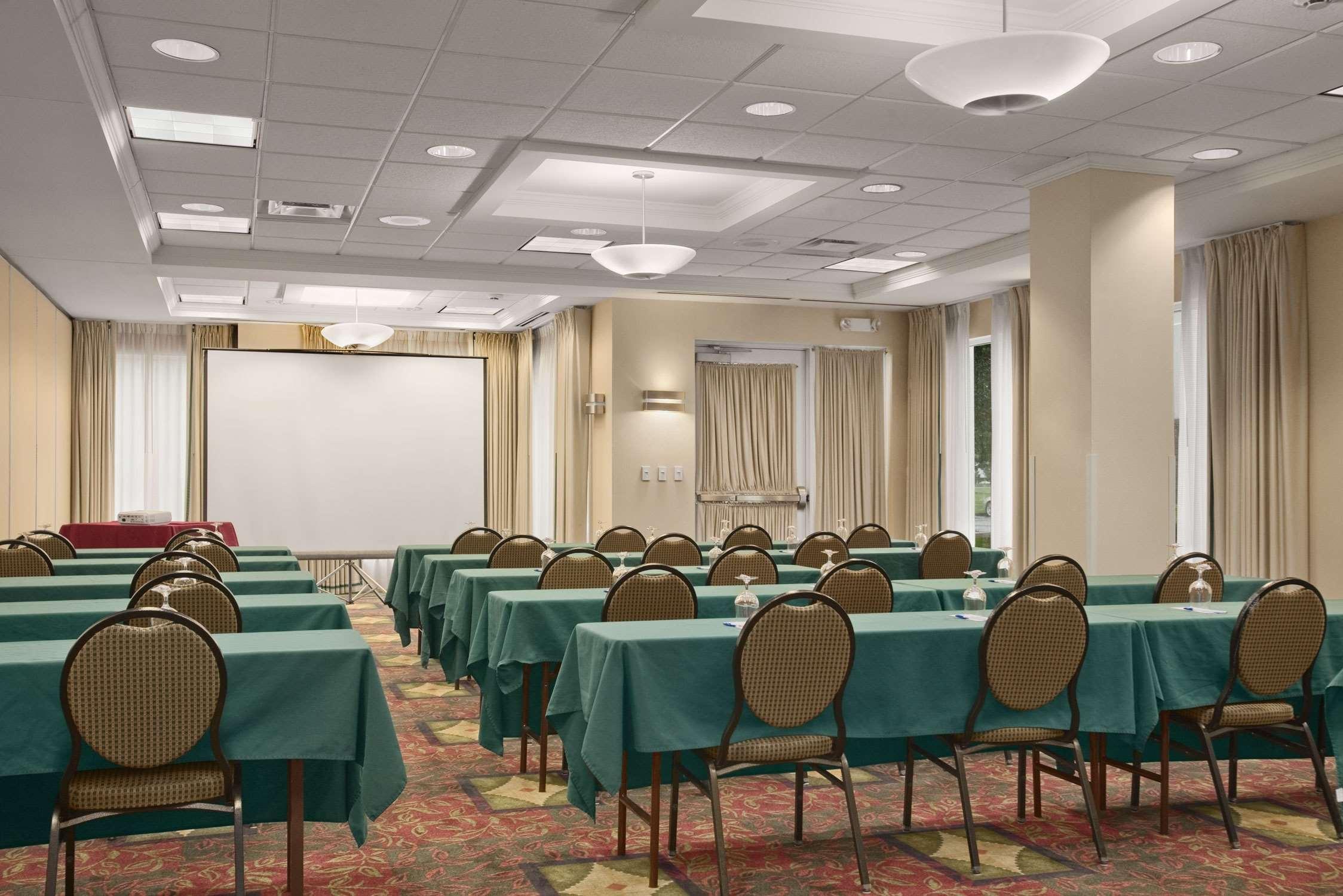Hilton Garden Inn Syracuse image 19