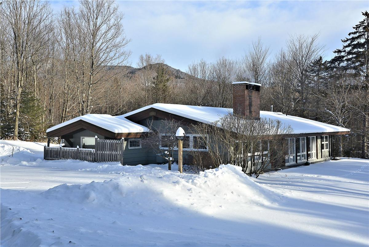 Stowe Country Homes image 18