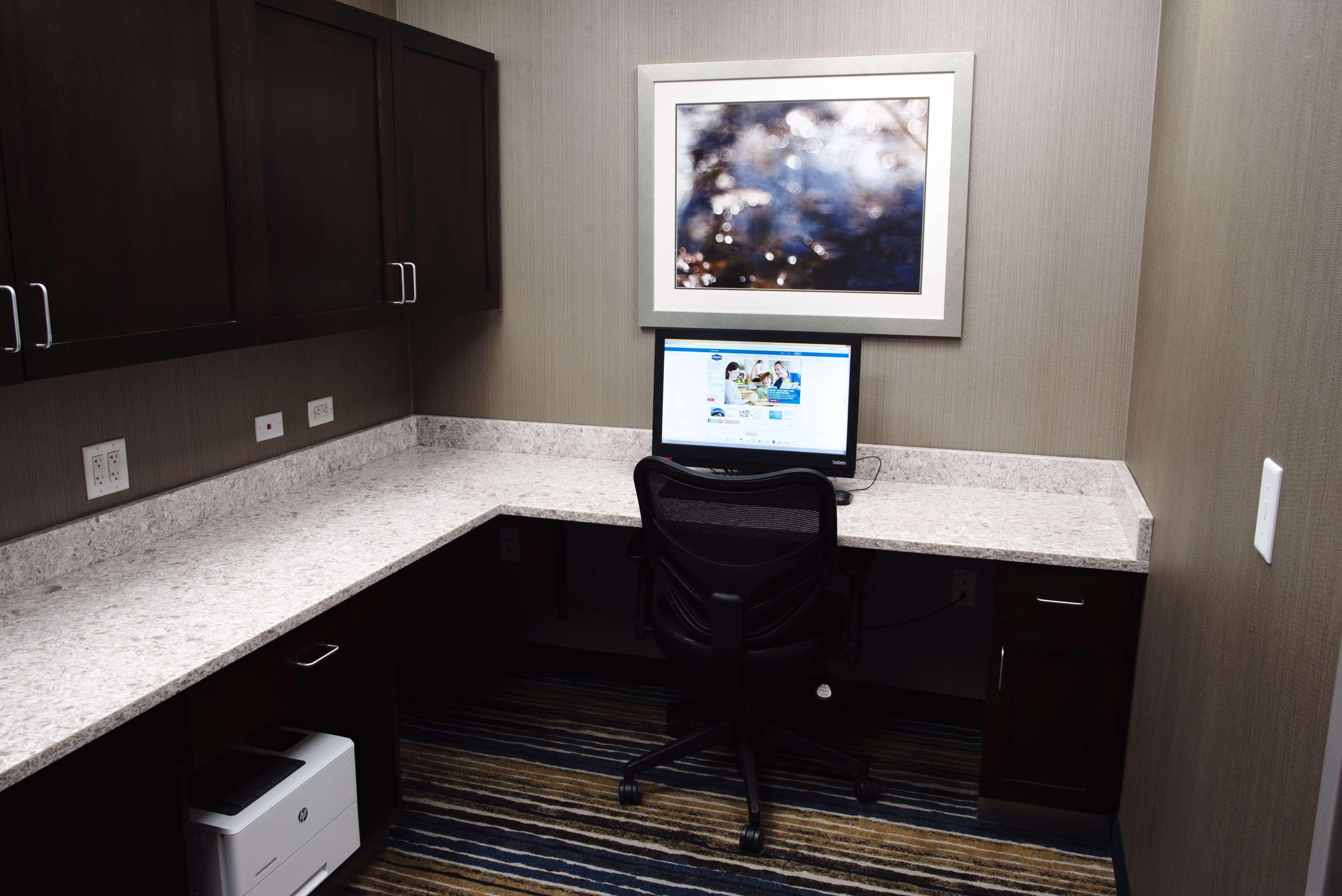 Hampton Inn & Suites Des Moines/Urbandale image 45