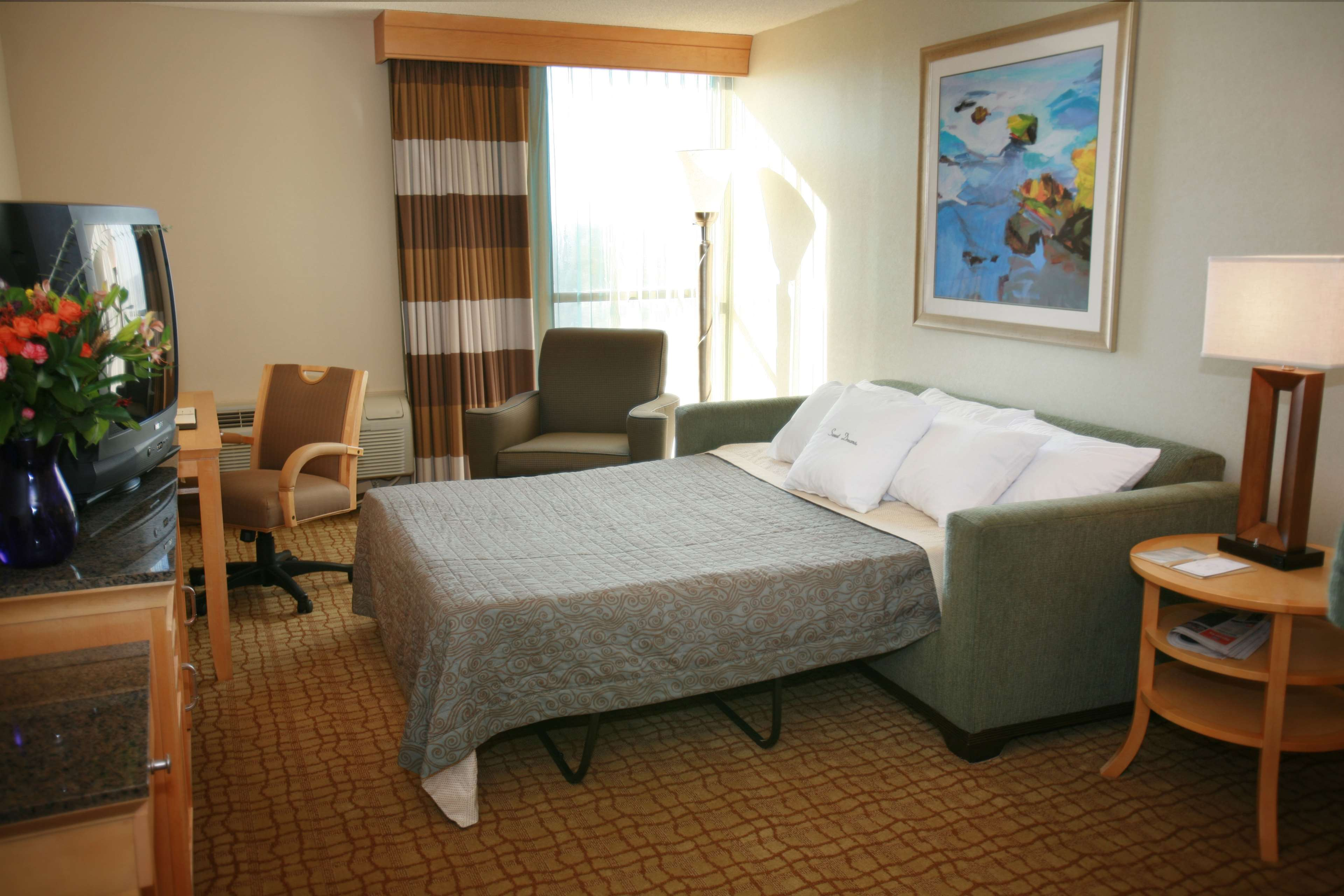 DoubleTree by Hilton Hotel Virginia Beach image 14
