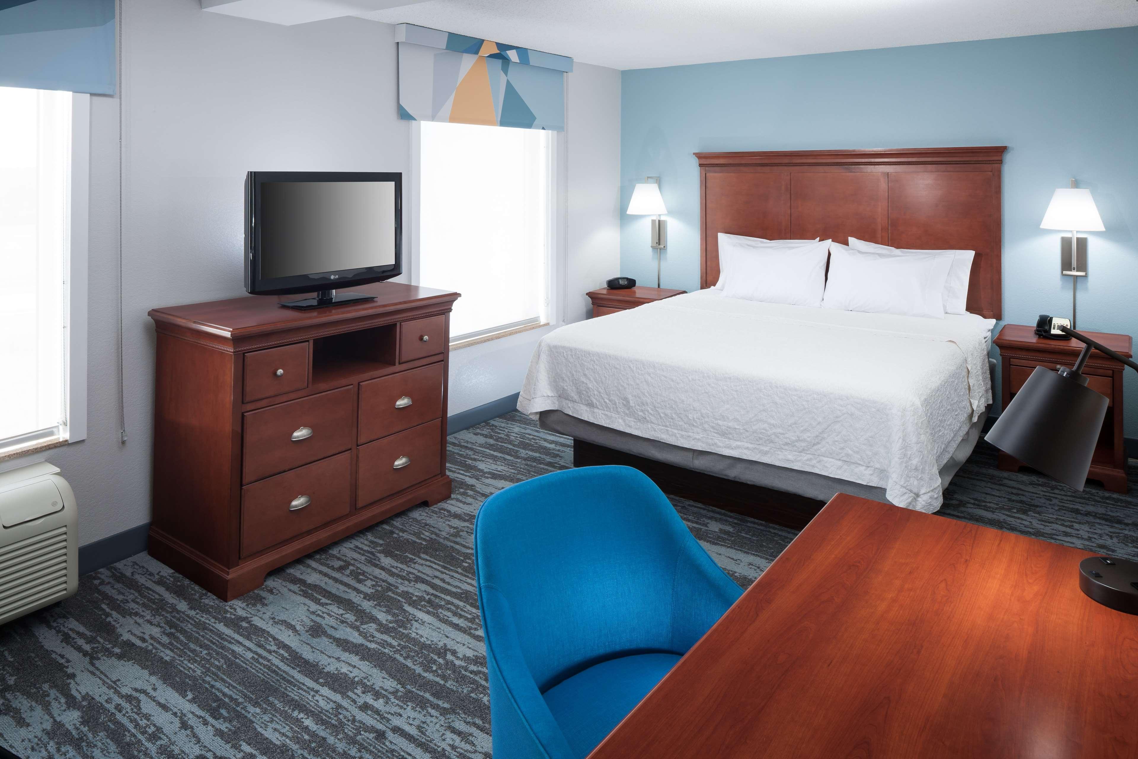 Hampton Inn & Suites Jackson image 28