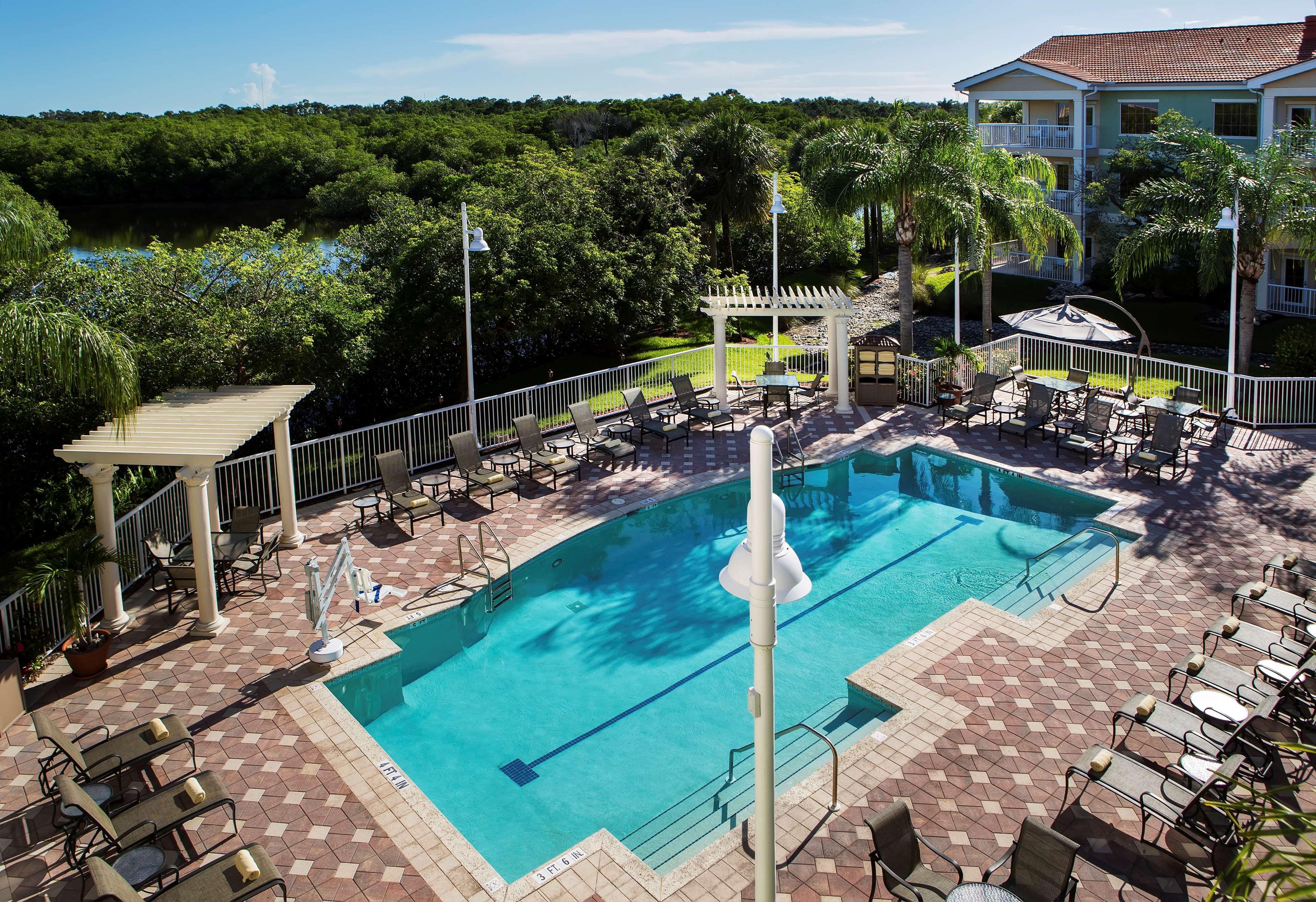 DoubleTree Suites by Hilton Hotel Naples image 12