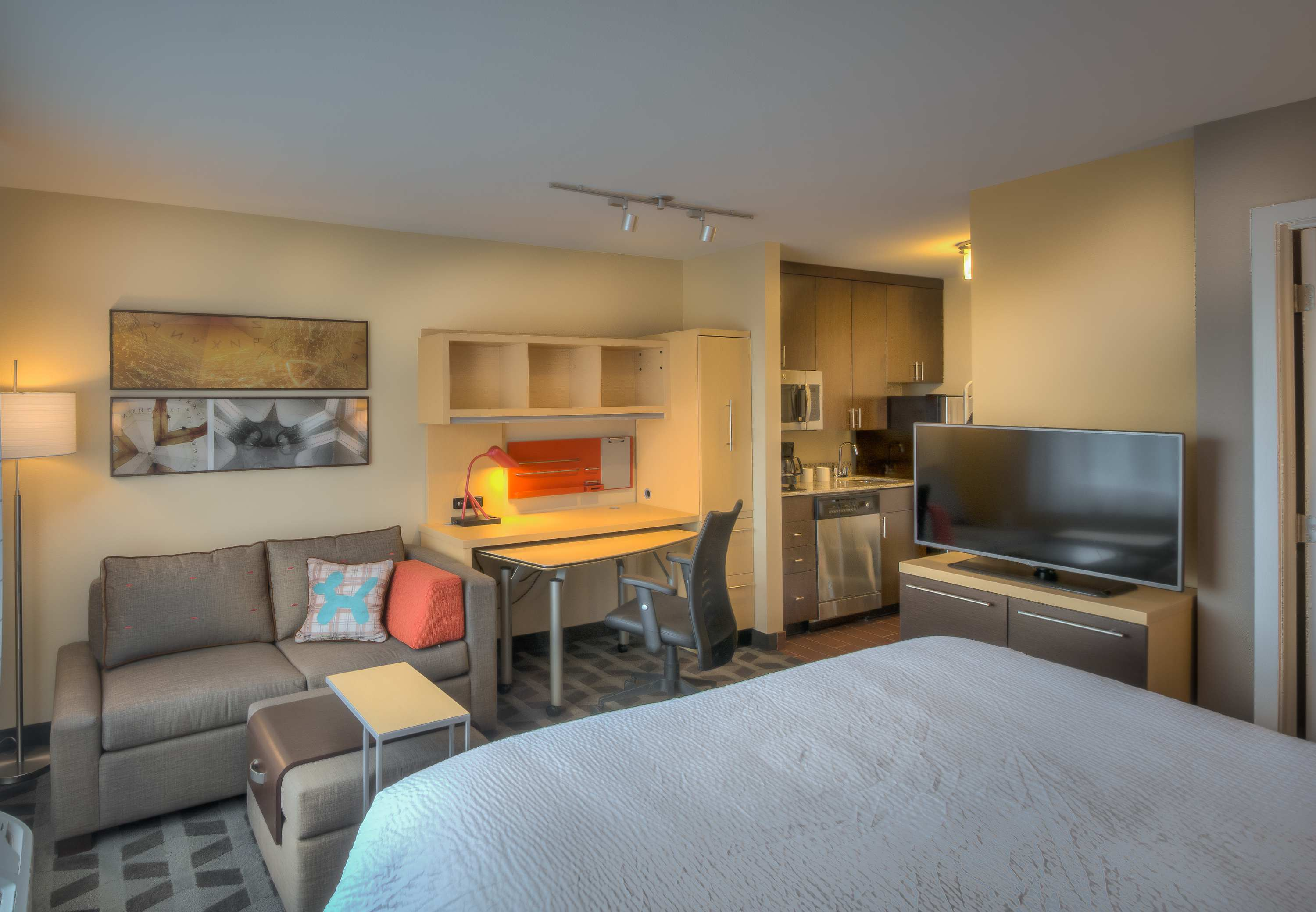 TownePlace Suites by Marriott Goldsboro image 4