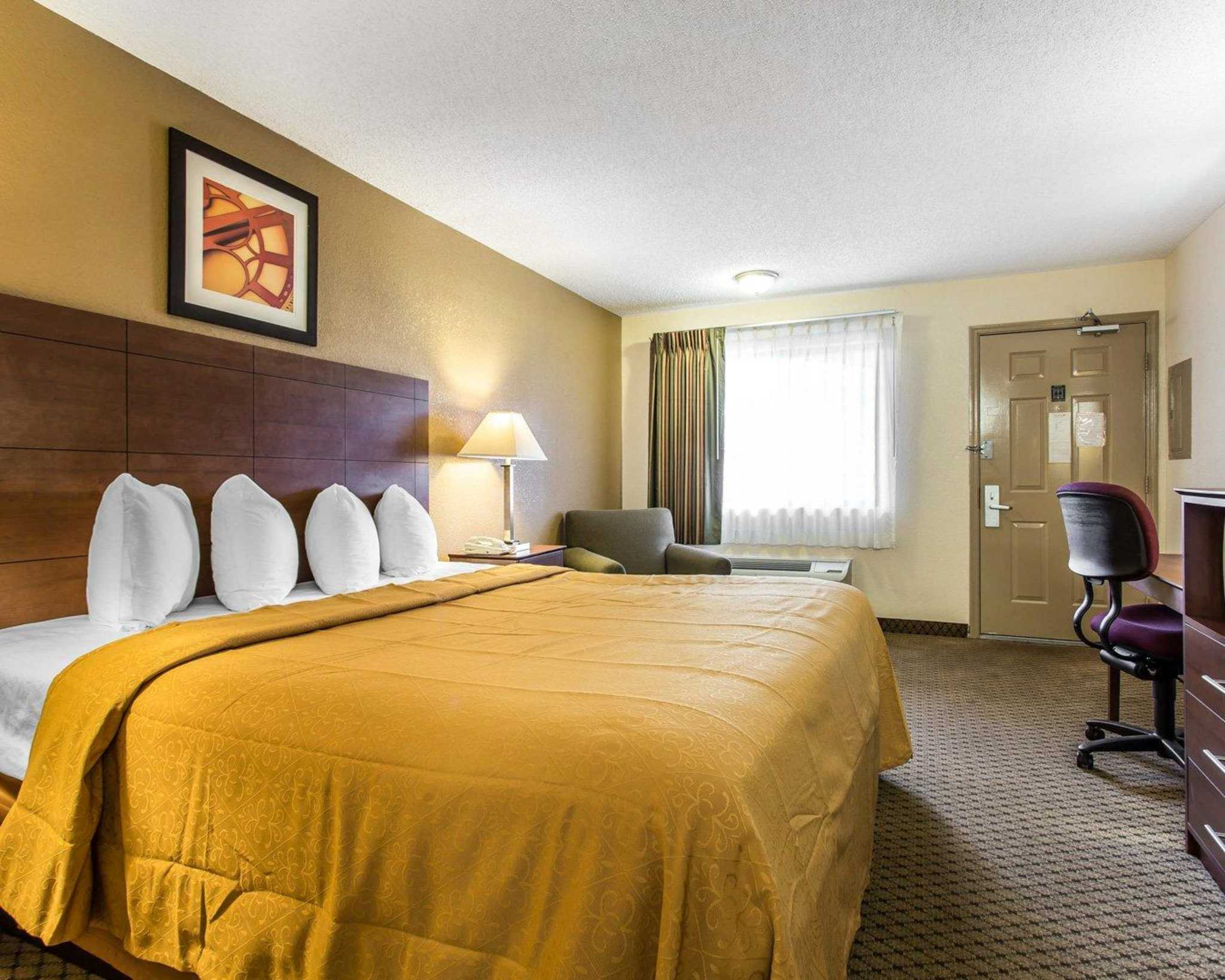 Quality Inn & Suites Southlake image 10