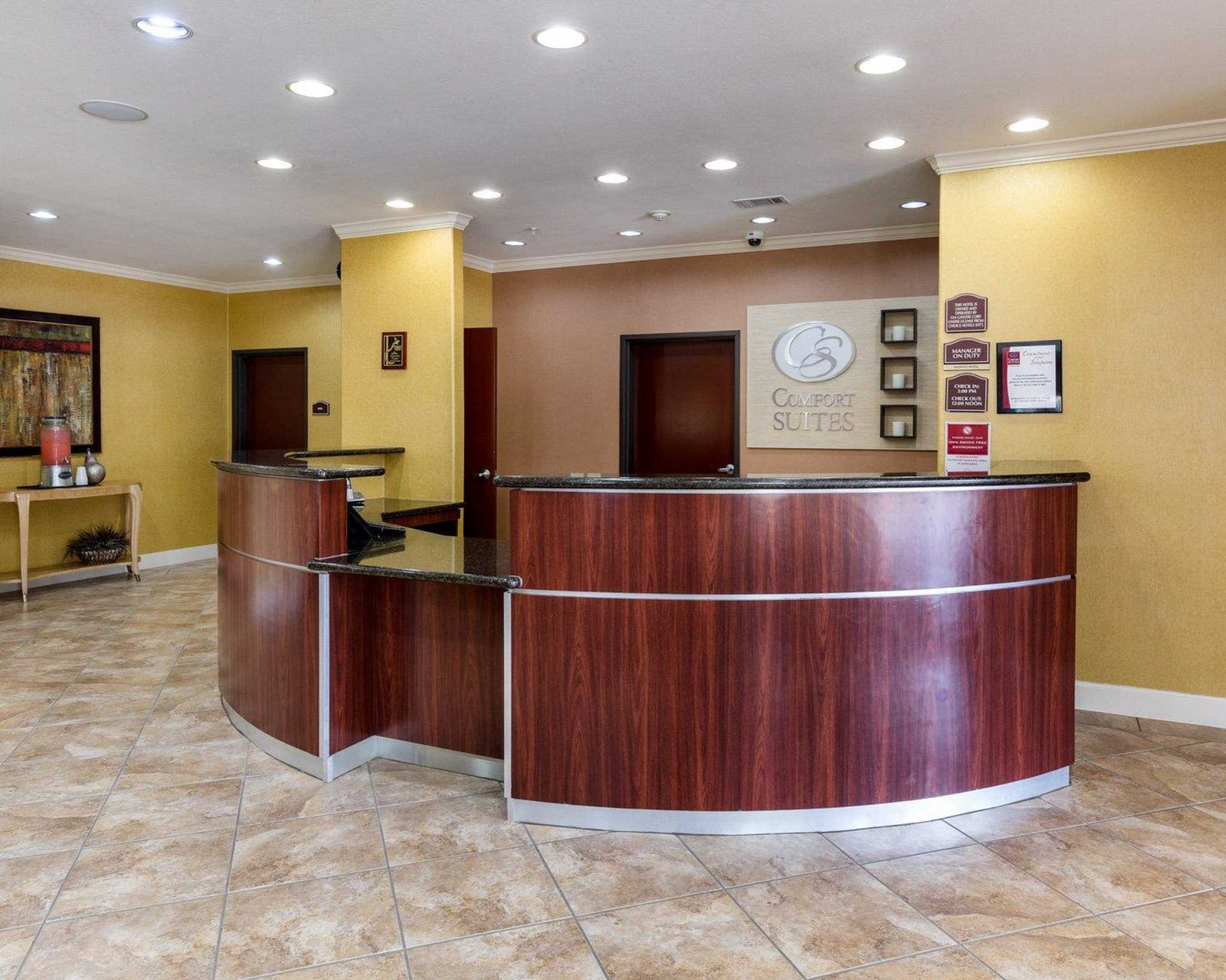 Comfort Suites Pearland - South Houston image 5