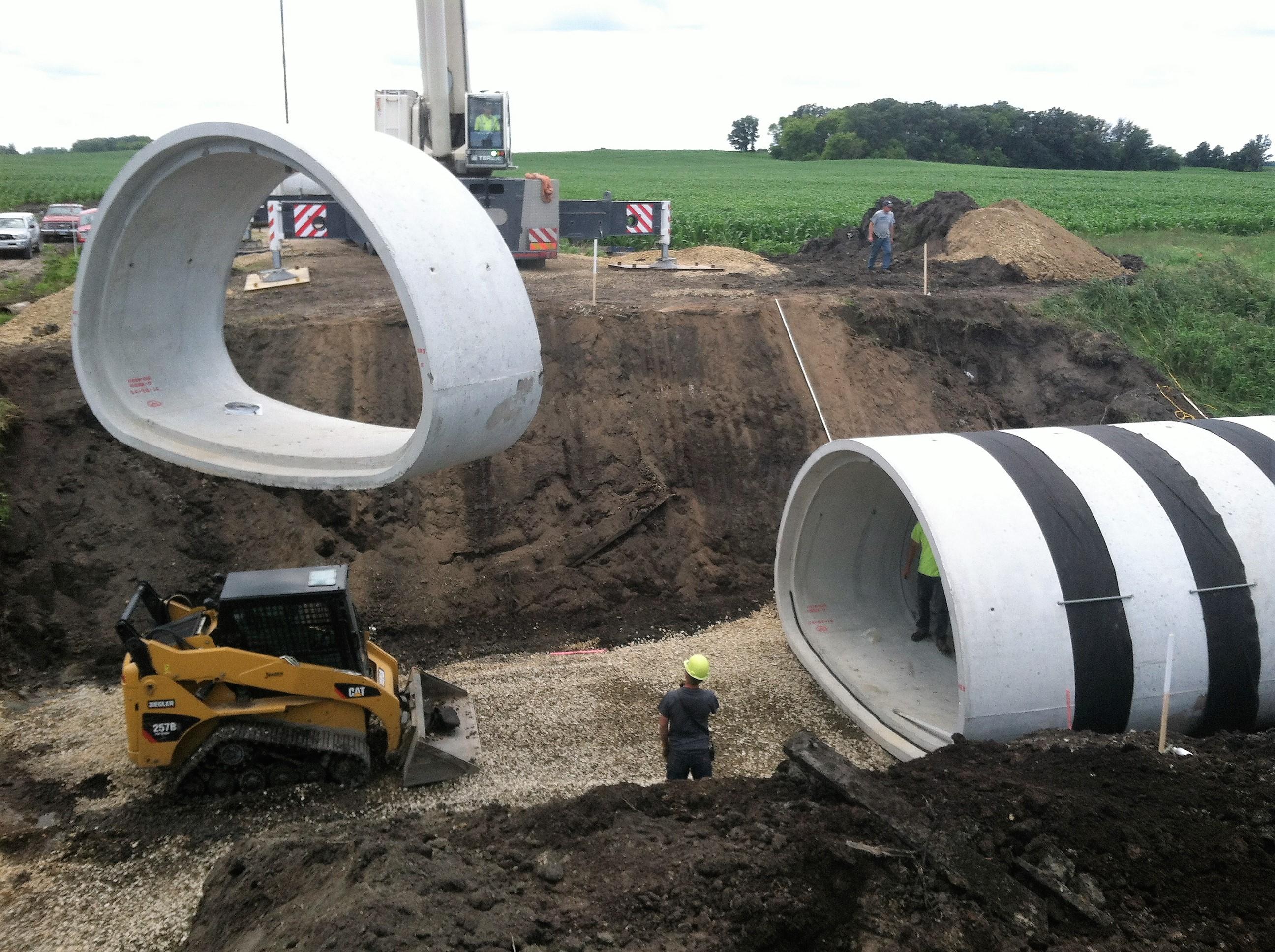 Jensen Excavating And Trucking LLC image 1