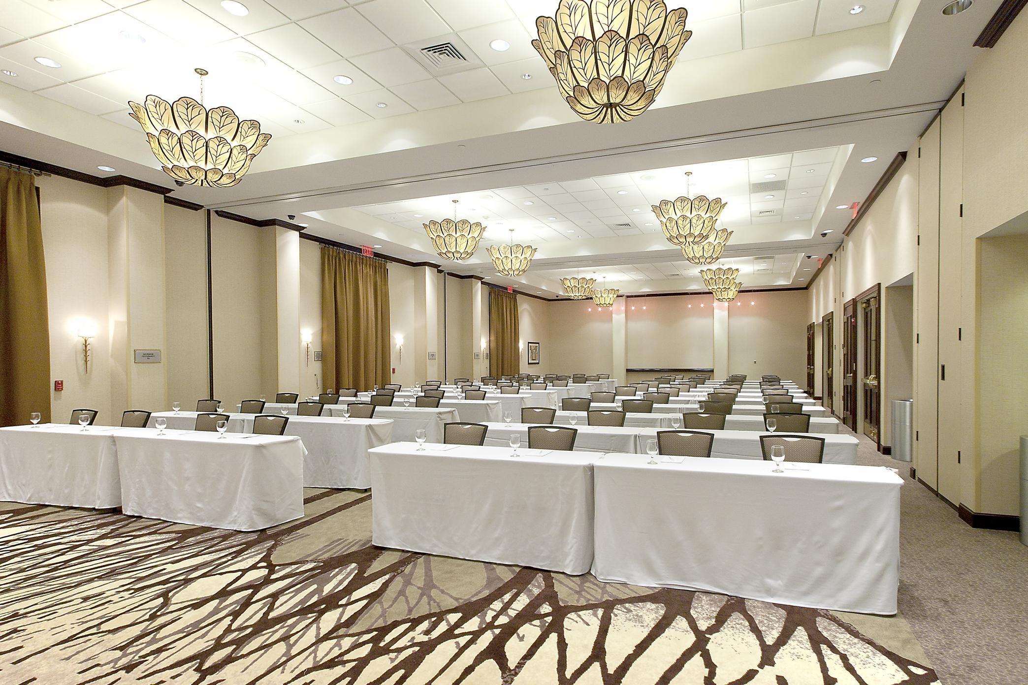 Embassy Suites by Hilton Savannah Airport image 22