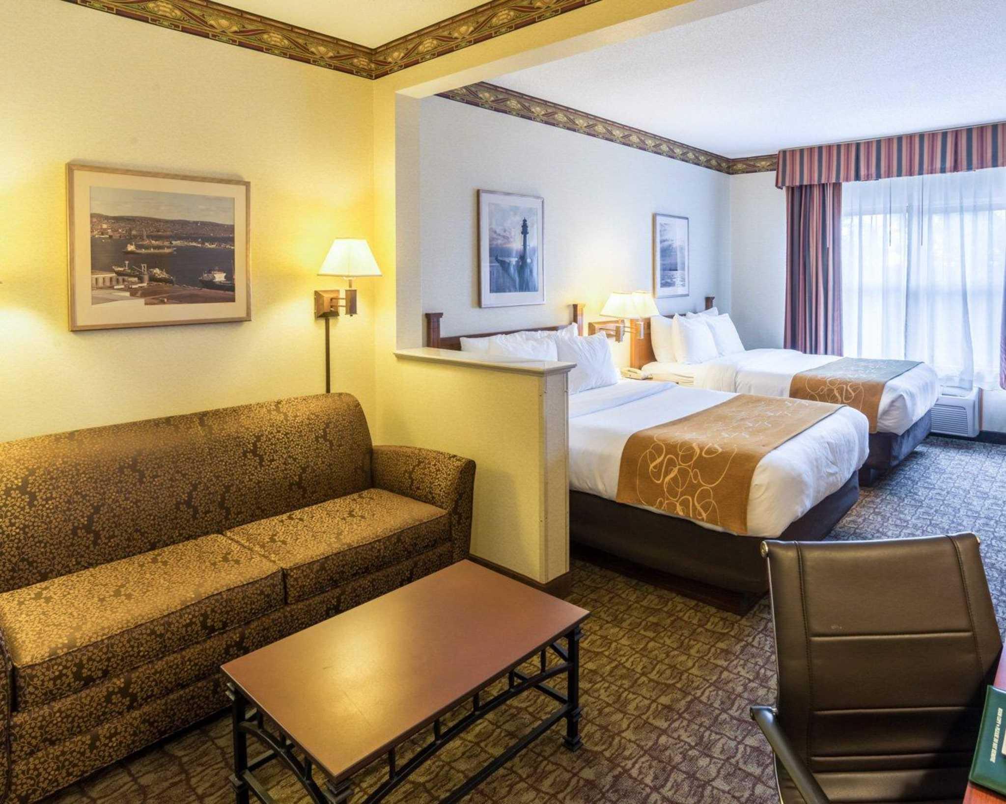 Comfort Suites Canal Park image 7