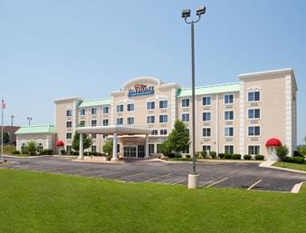 Baymont Inn & Suites Ft. Leonard/Saint Robert image 0