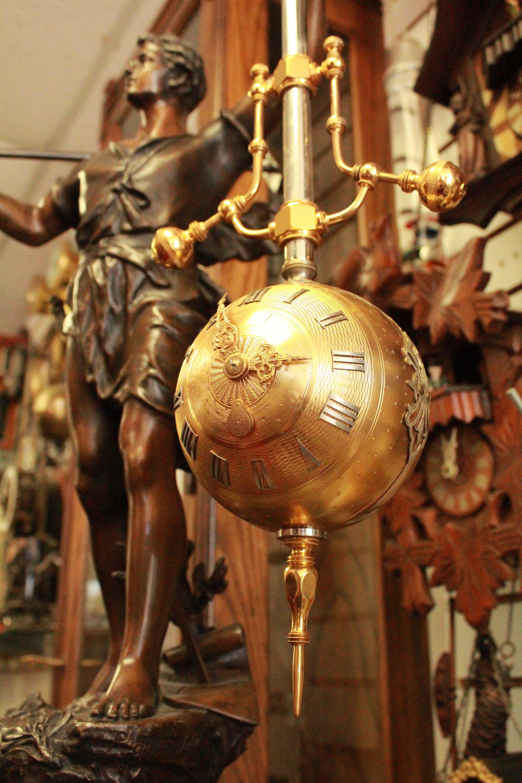 Antique Clock Gallery image 5