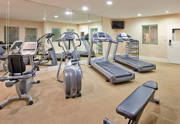 Residence Inn by Marriott Charlotte University Research Park image 13