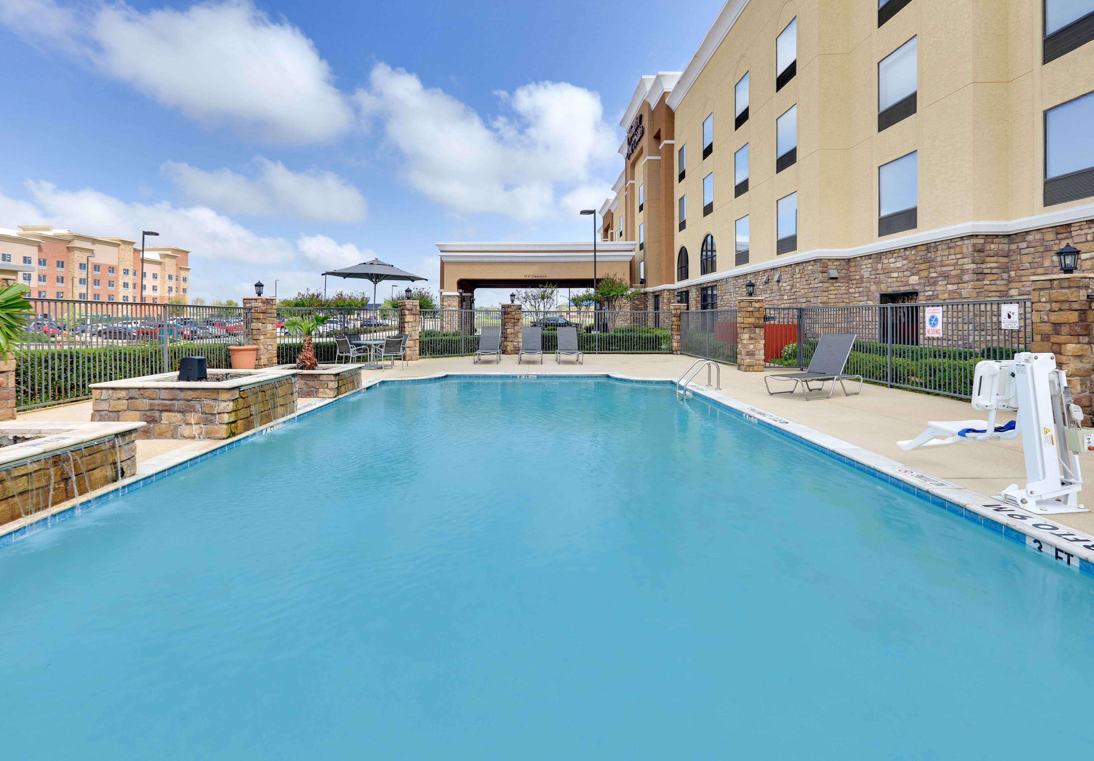 Hampton Inn & Suites Dallas-Arlington-South image 7