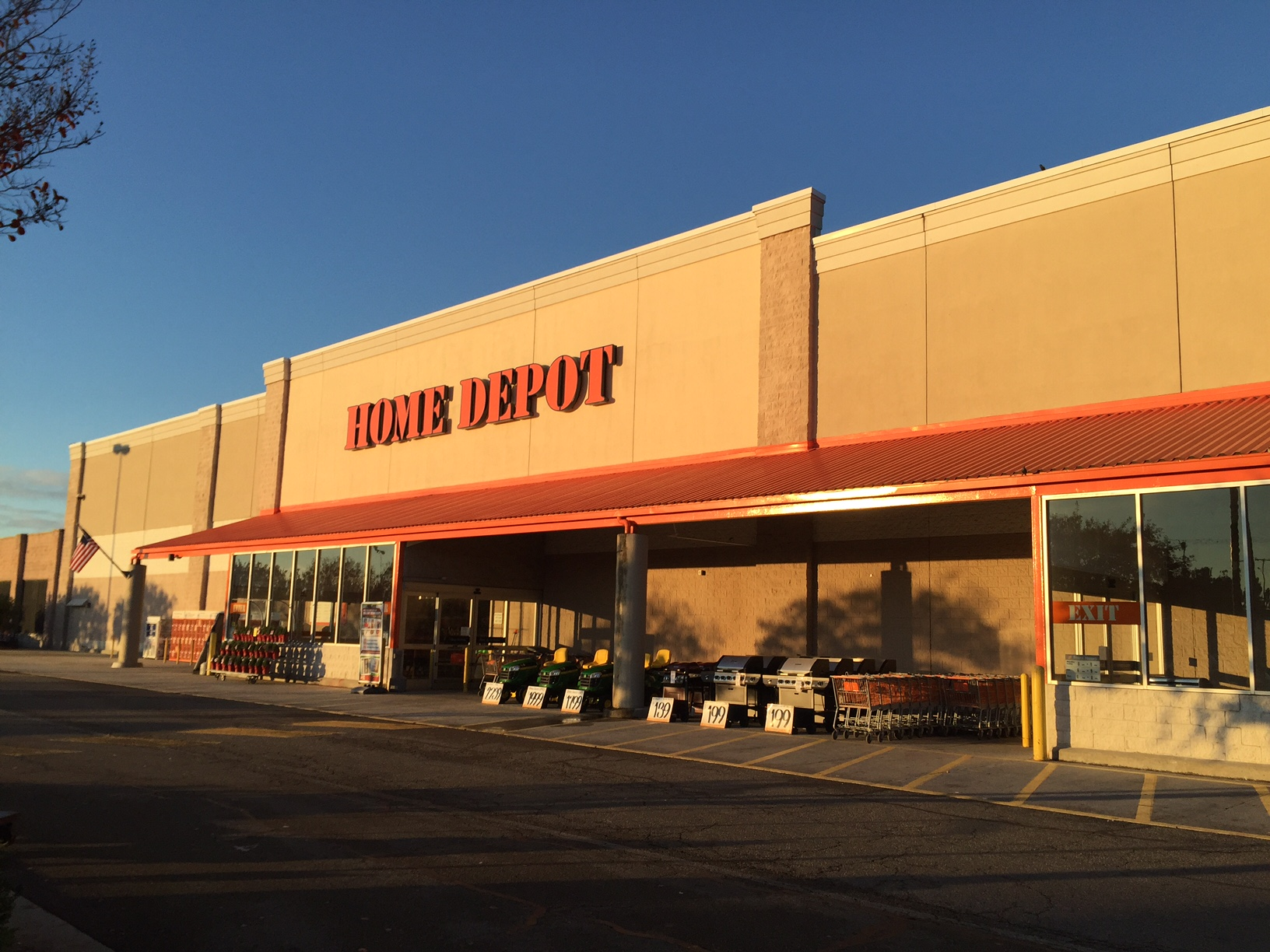 The Home Depot Hardware Store Chester Va 23831