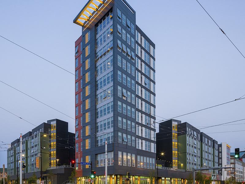 WaHu Apartments image 28