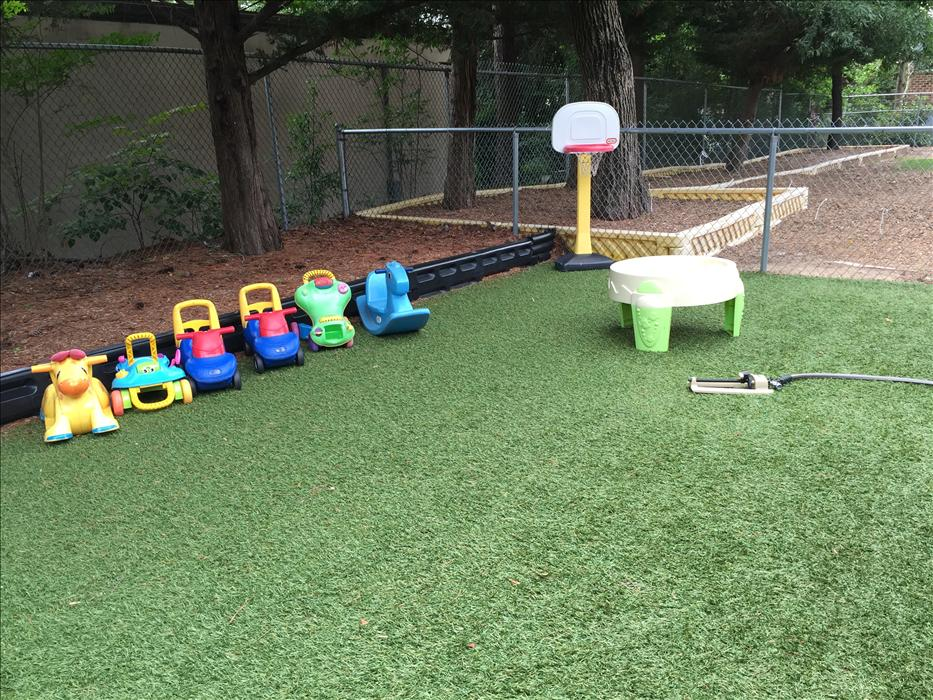 Chapel Hill KinderCare image 26