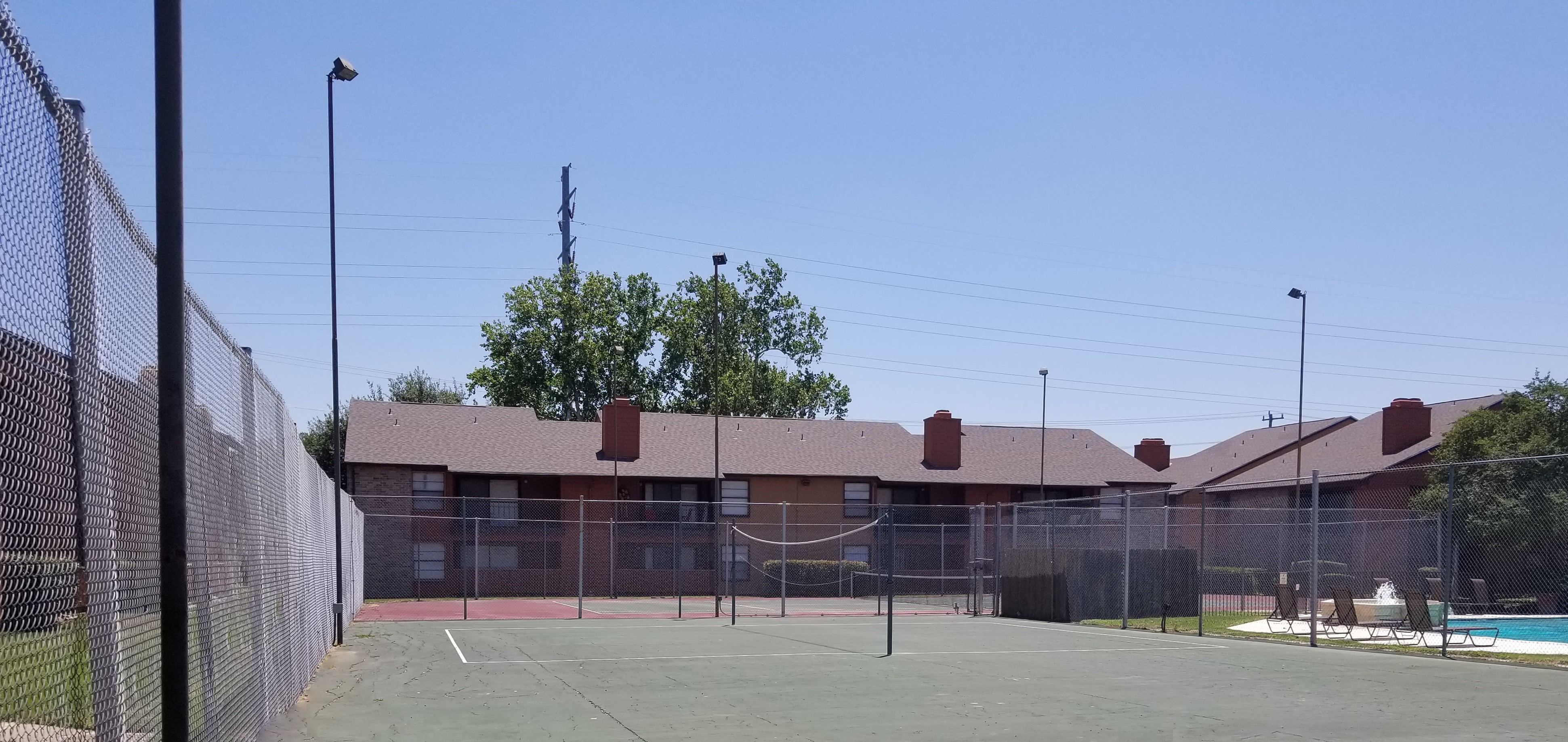 Iron Horse Valley Apartments image 12
