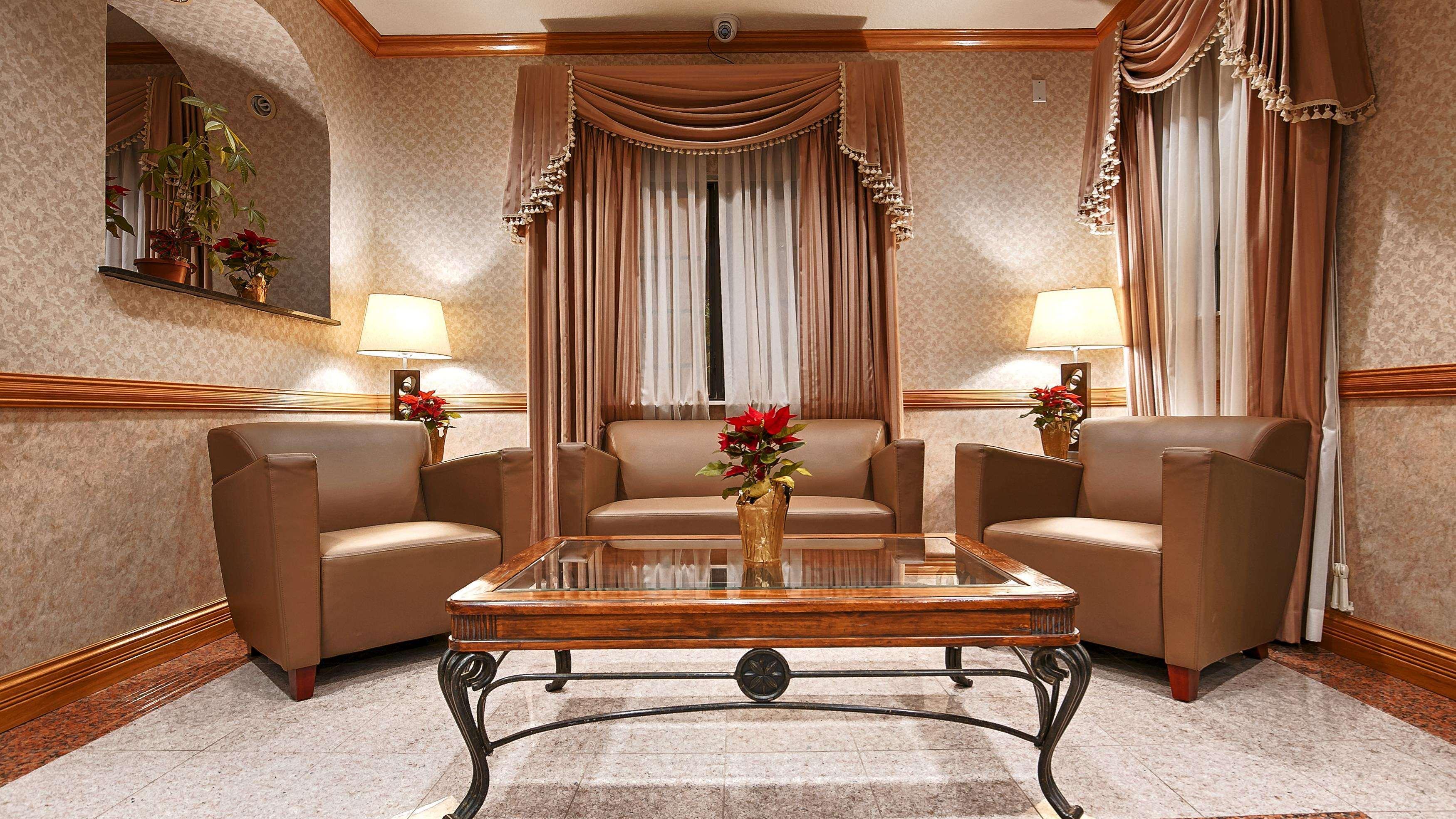 SureStay Hotel by Best Western Falfurrias image 26