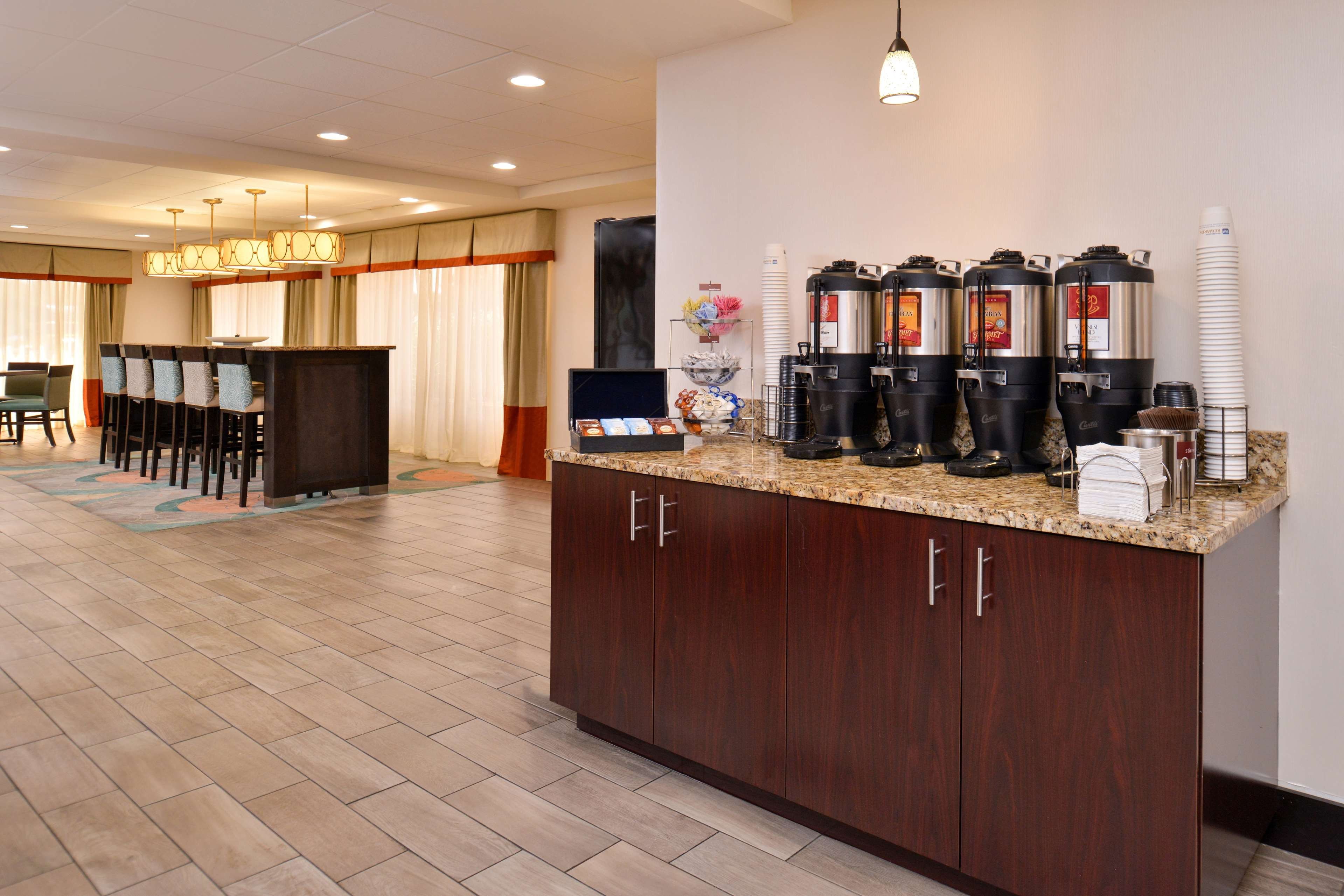 Best Western Plus Chicagoland - Countryside image 20