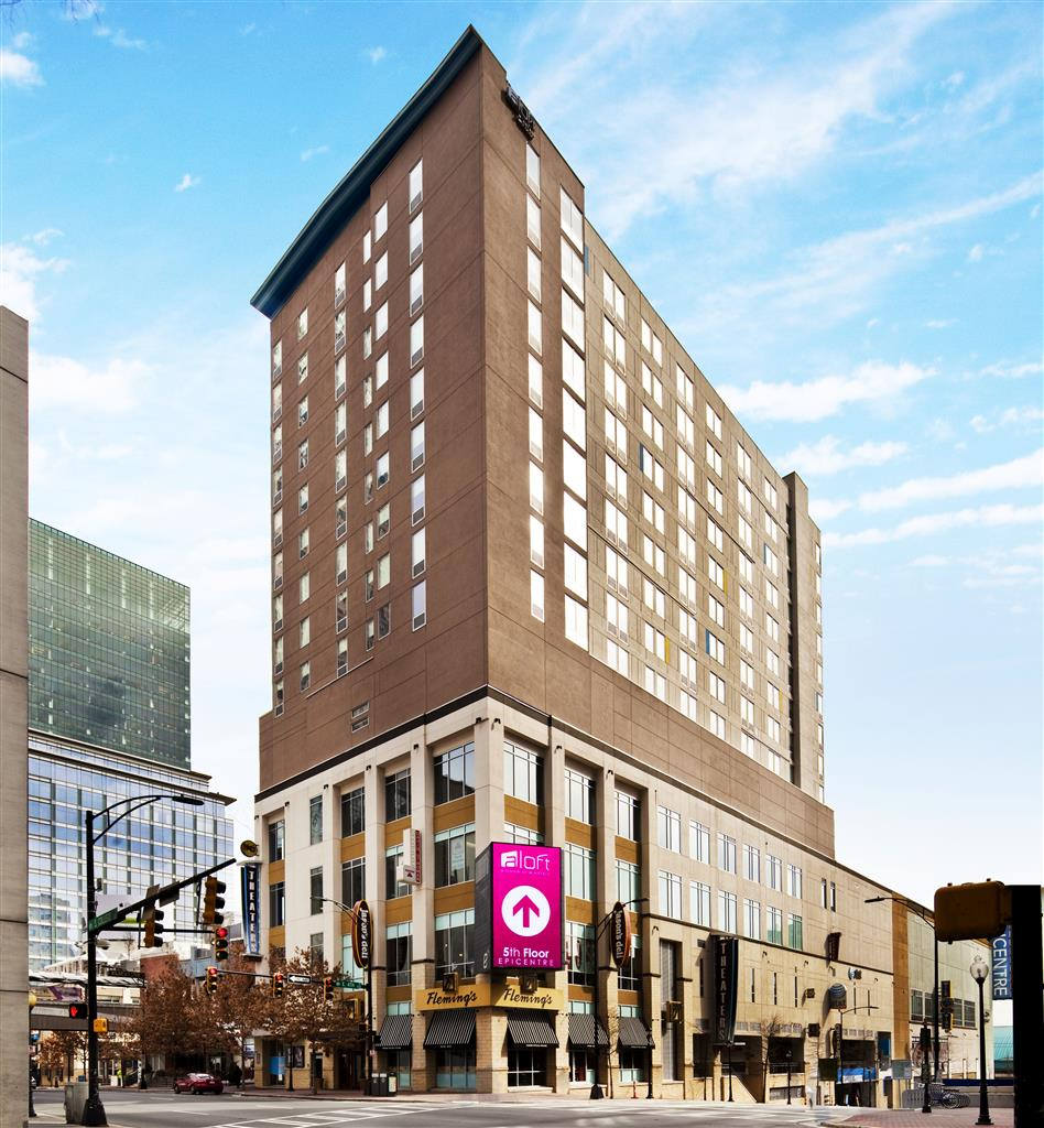Aloft Charlotte Uptown at the EpiCentre image 1