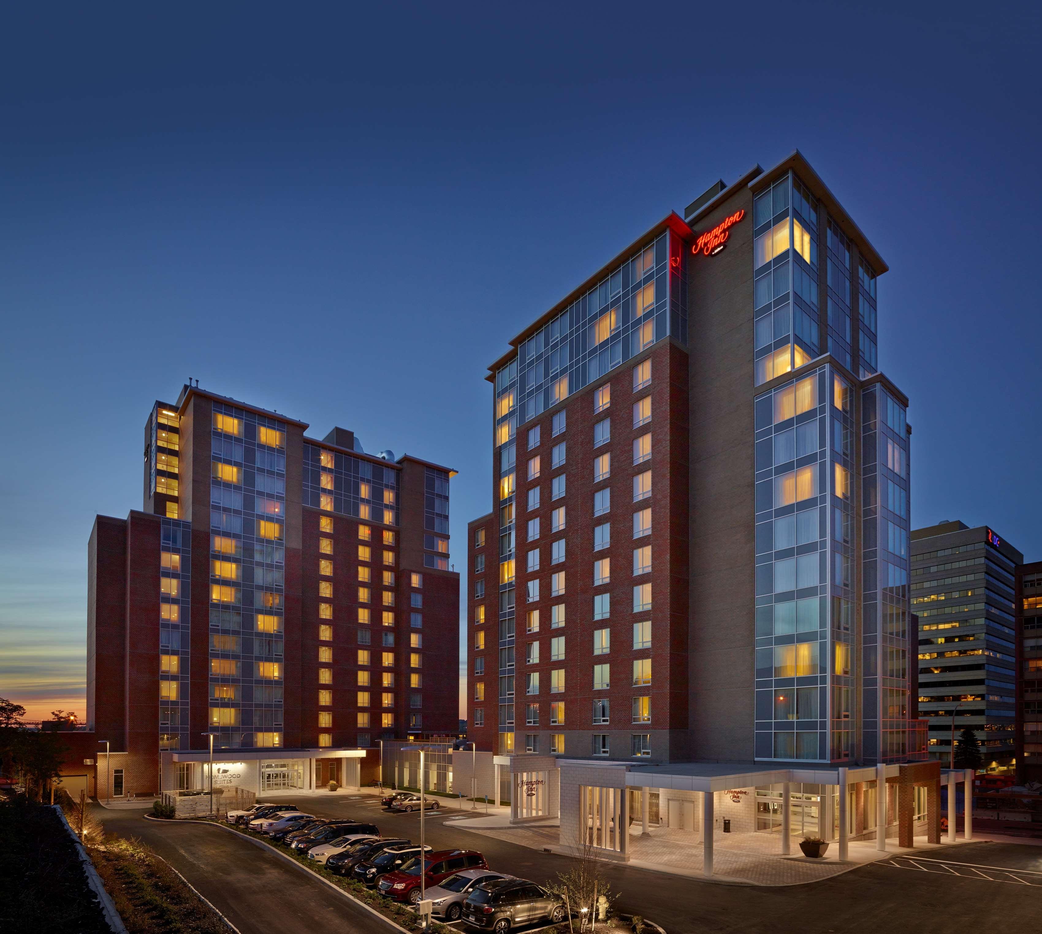 Hampton Inn by Hilton Halifax Downtown in Halifax: Exterior