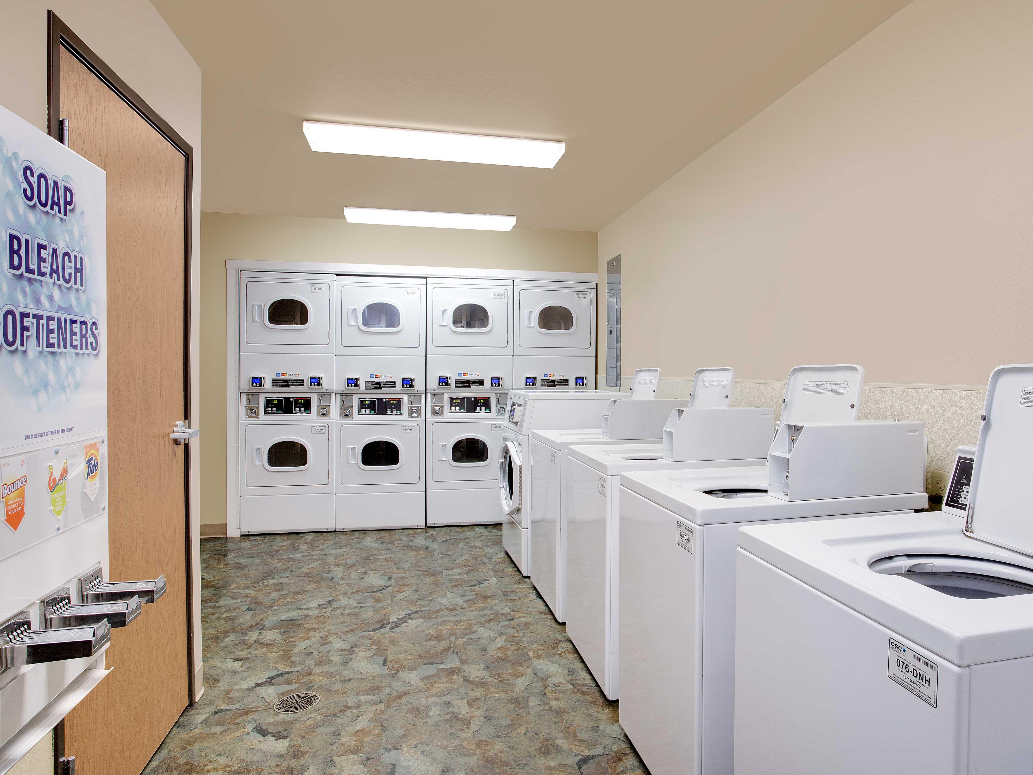 WoodSpring Suites Richmond West image 5