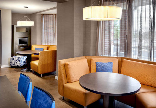 Courtyard by Marriott Parsippany image 1