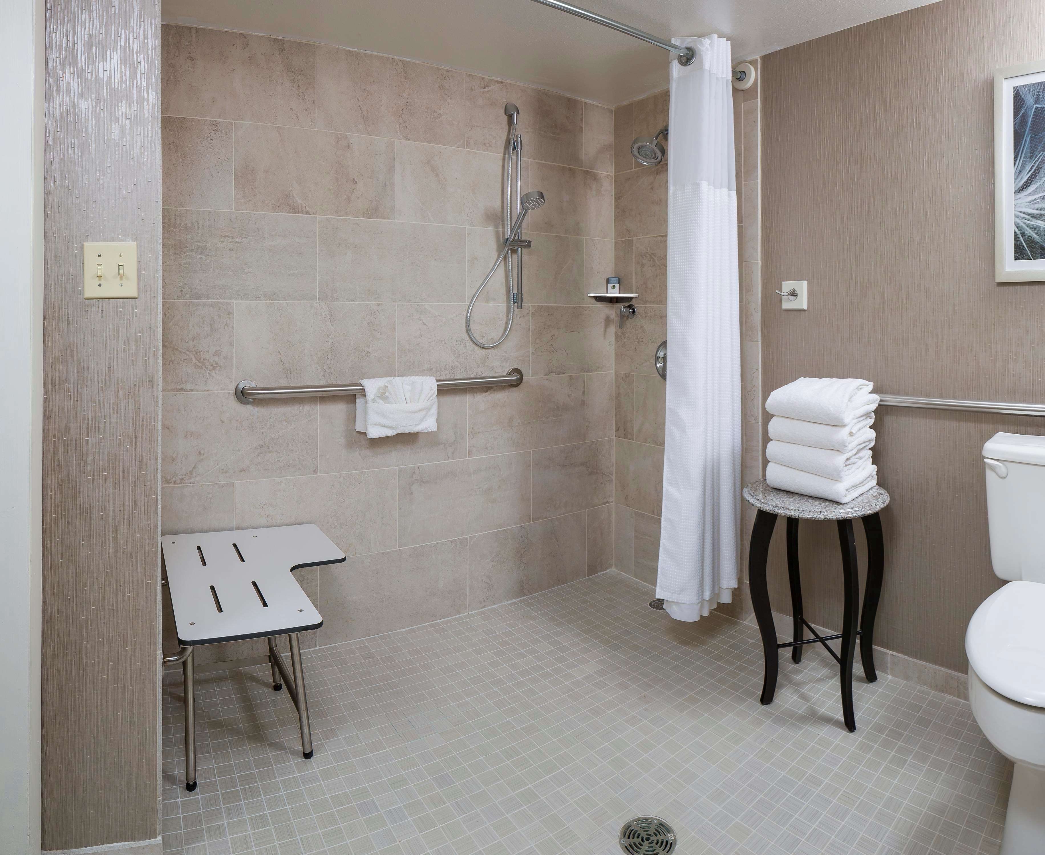 DoubleTree by Hilton Boston - Andover image 42