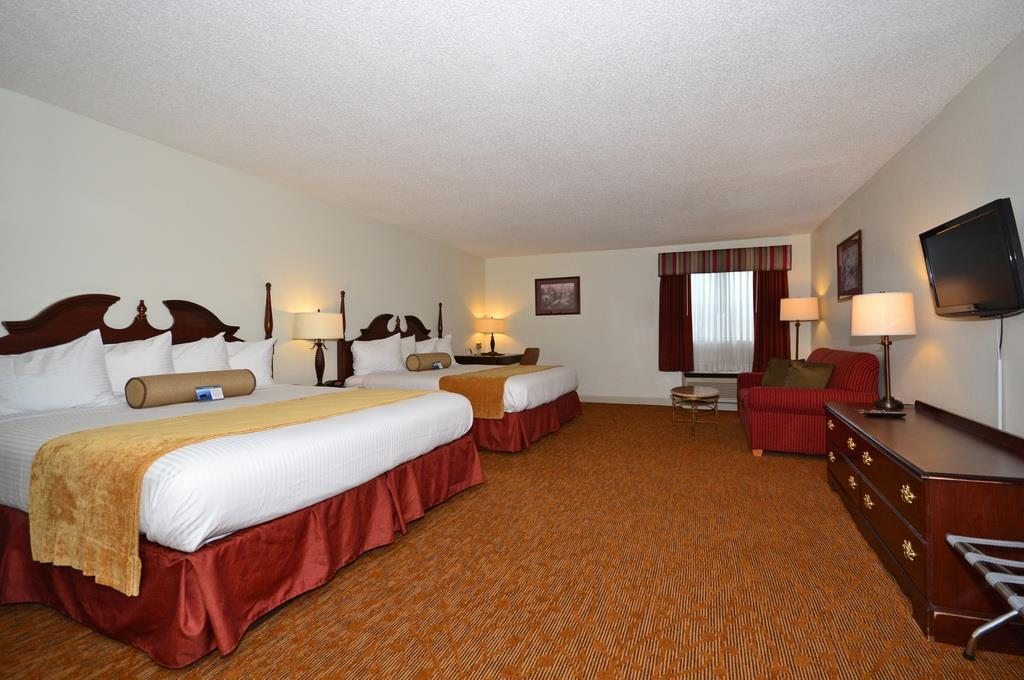 Best Western Plus Cypress Creek image 18