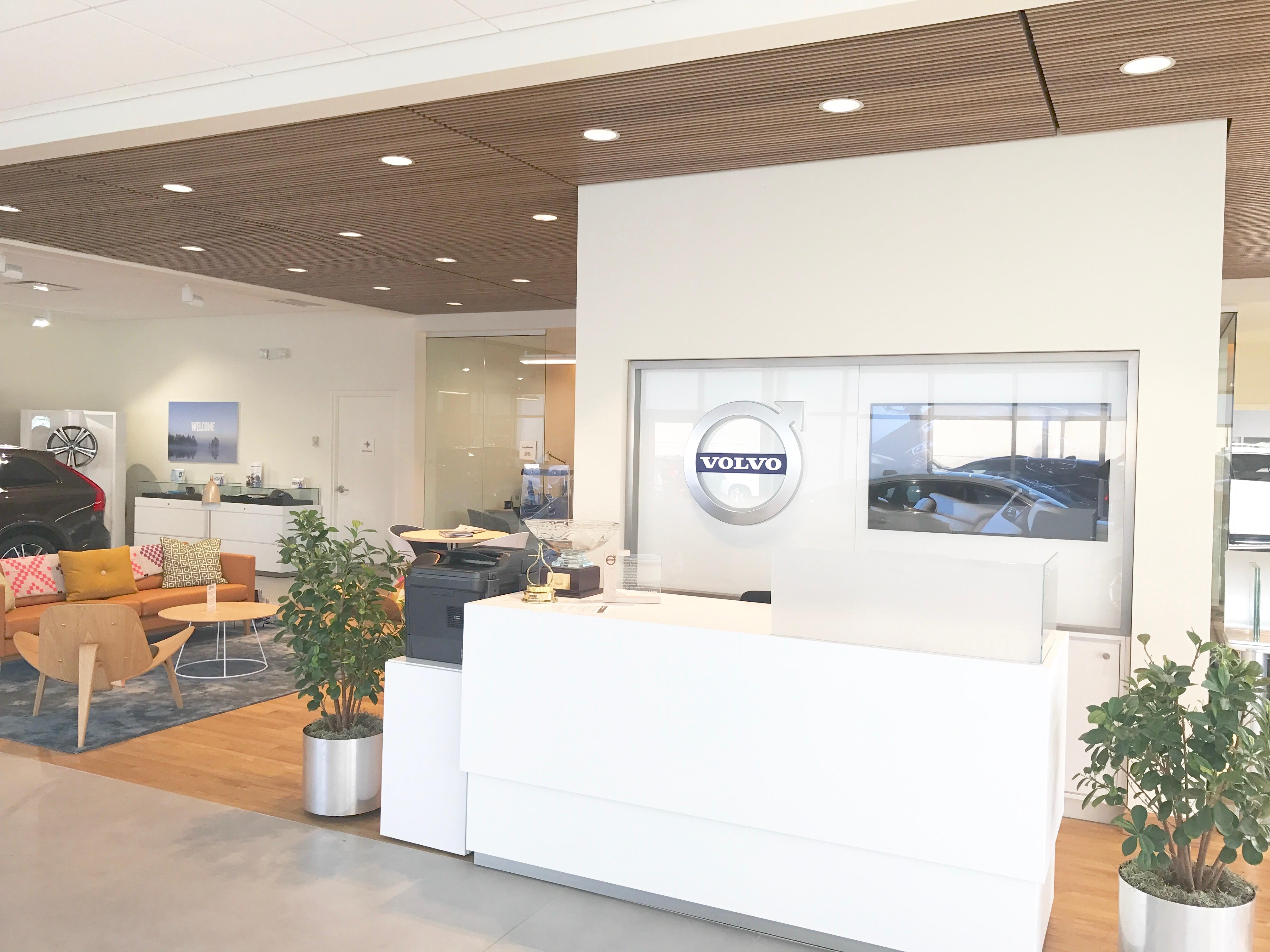 Leikin volvo cars cleveland in willoughby oh whitepages for Leikin mercedes benz