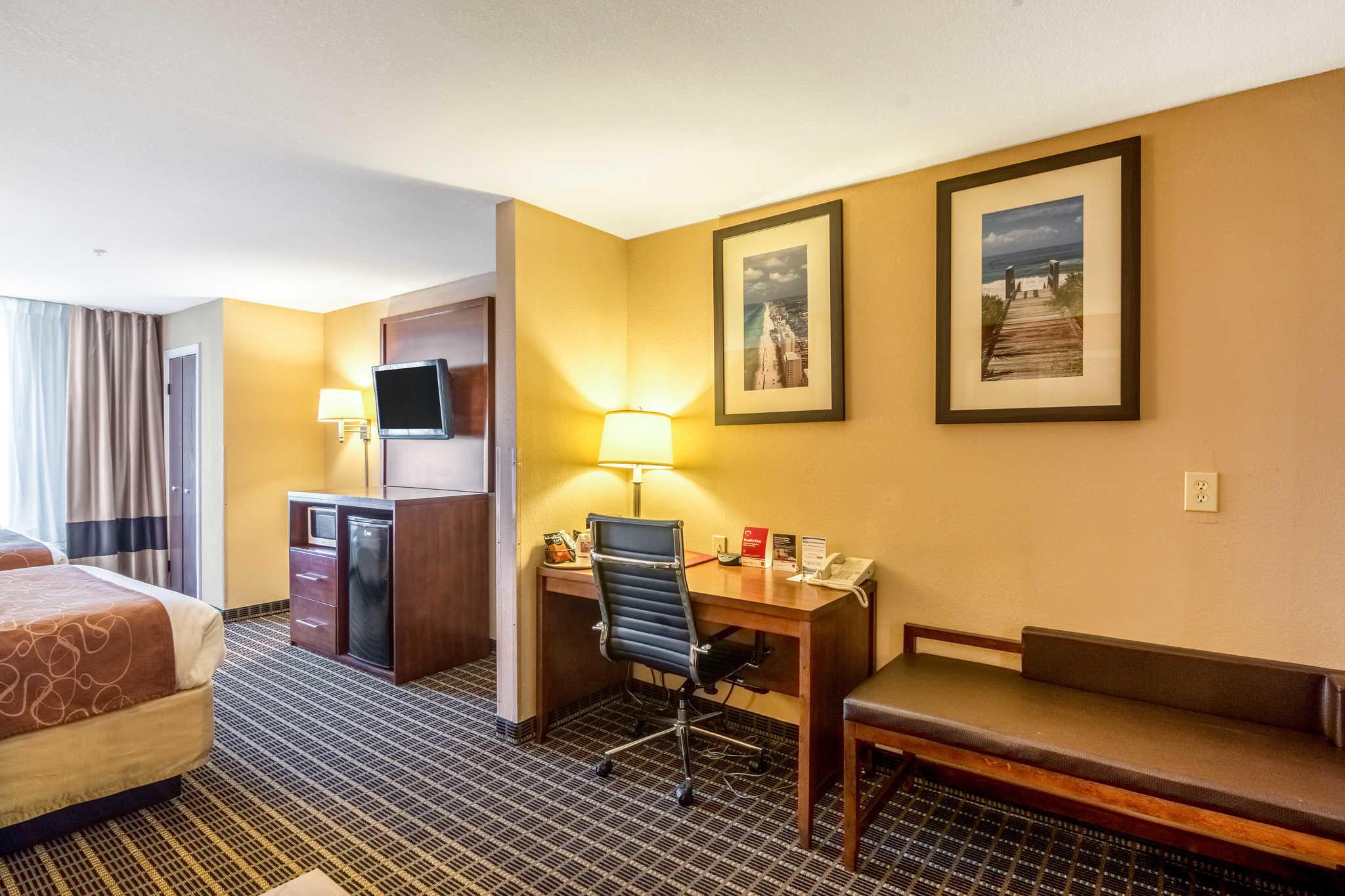 Comfort Suites image 45