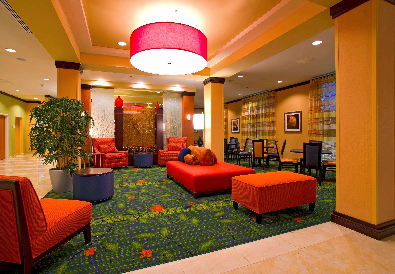 Fairfield Inn Amp Suites By Marriott San Antonio Alamo Plaza