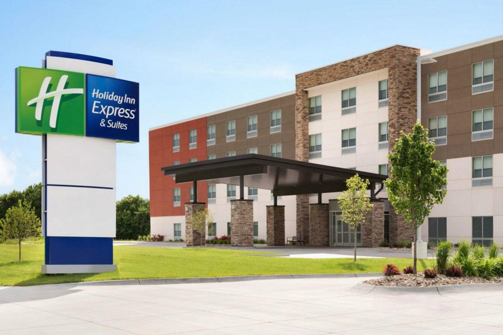 Holiday Inn Express & Suites Bullhead City, an IHG Hotel