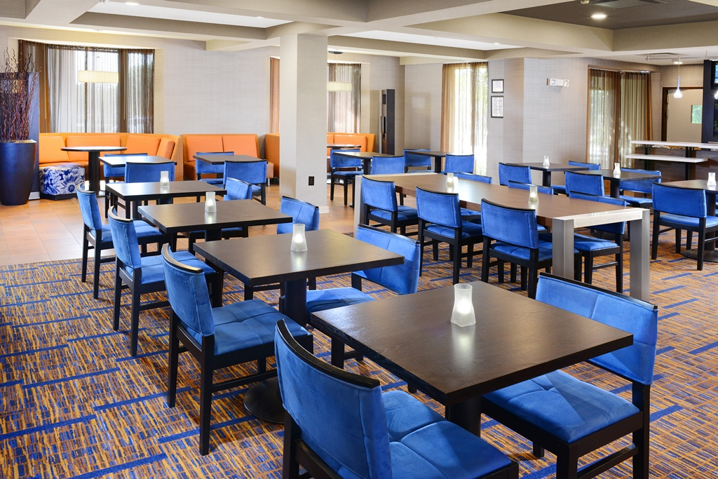 Courtyard by Marriott Dallas Richardson at Campbell image 17