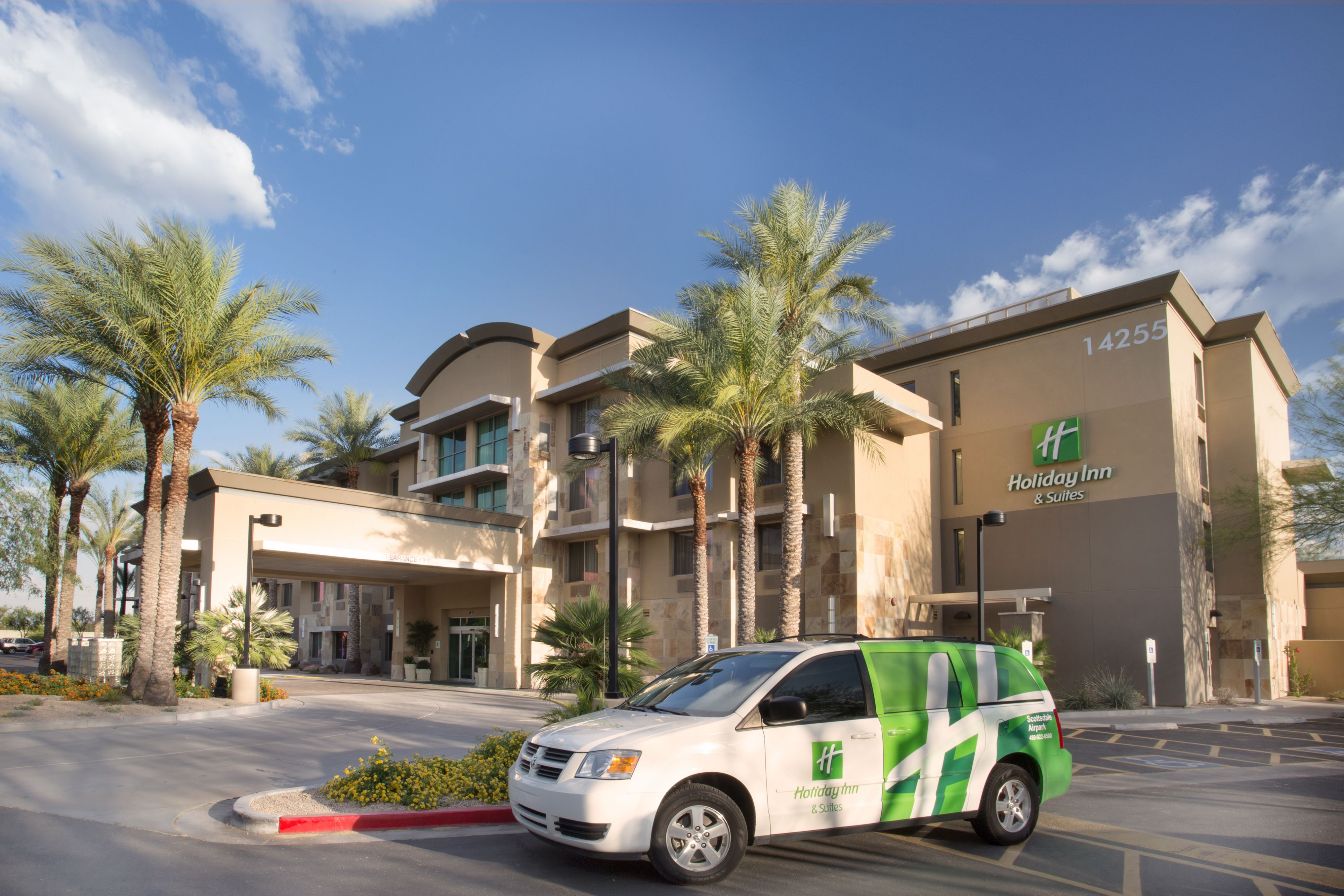Holiday Inn Scottsdale North - Airpark image 2