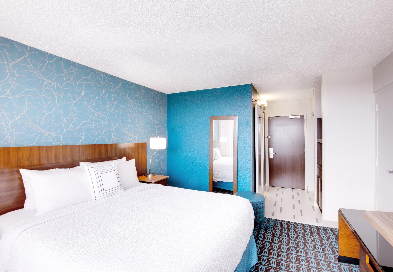 Fairfield Inn & Suites by Marriott Charlotte Uptown image 12