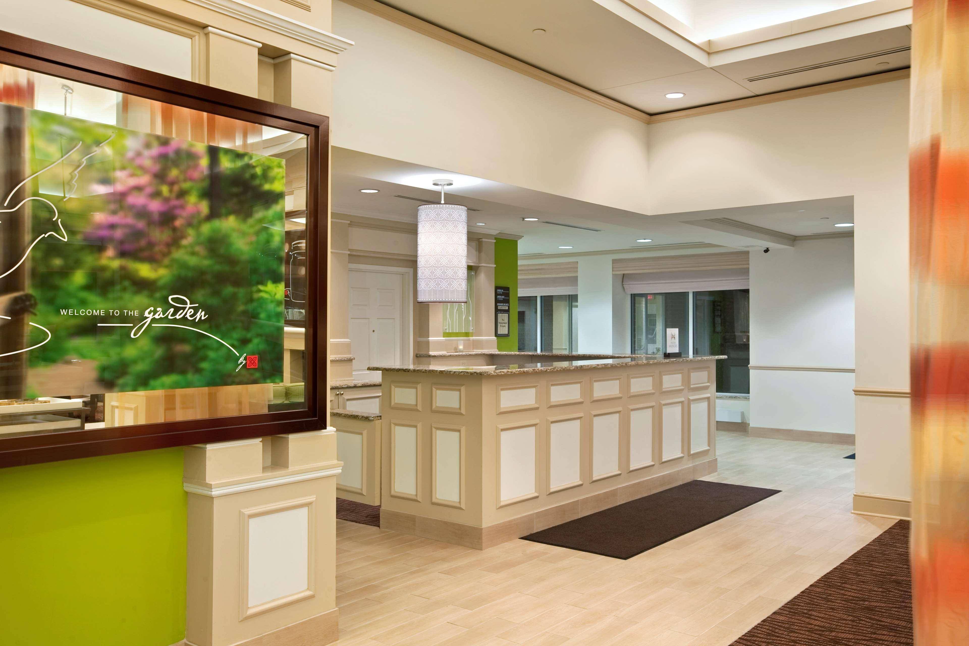 Hilton Garden Inn Hoffman Estates image 4