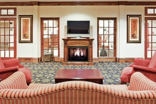Holiday Inn Express & Suites Philadelphia-Choctaw image 2
