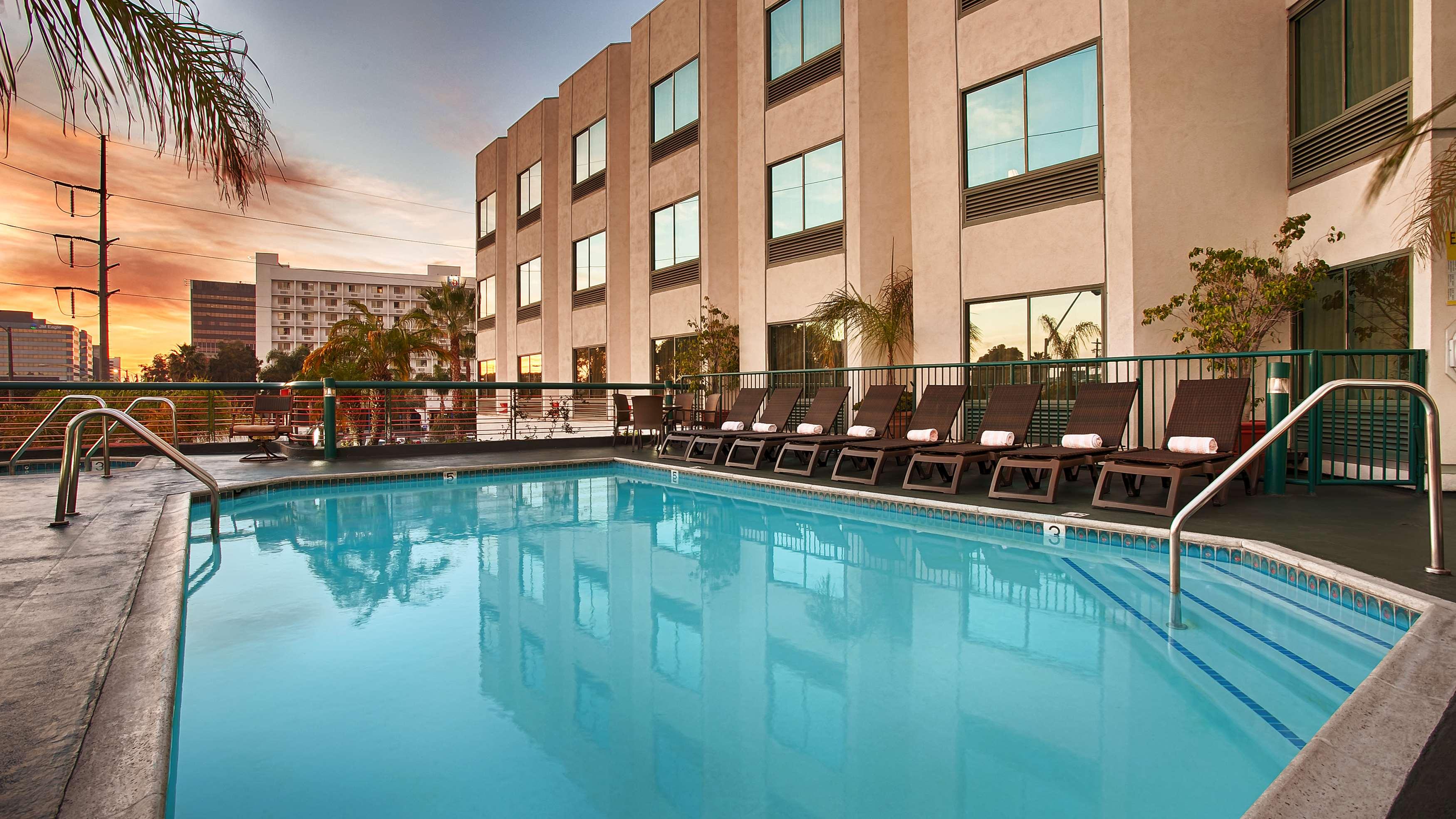 Best Western Plus Suites Hotel Inglewood