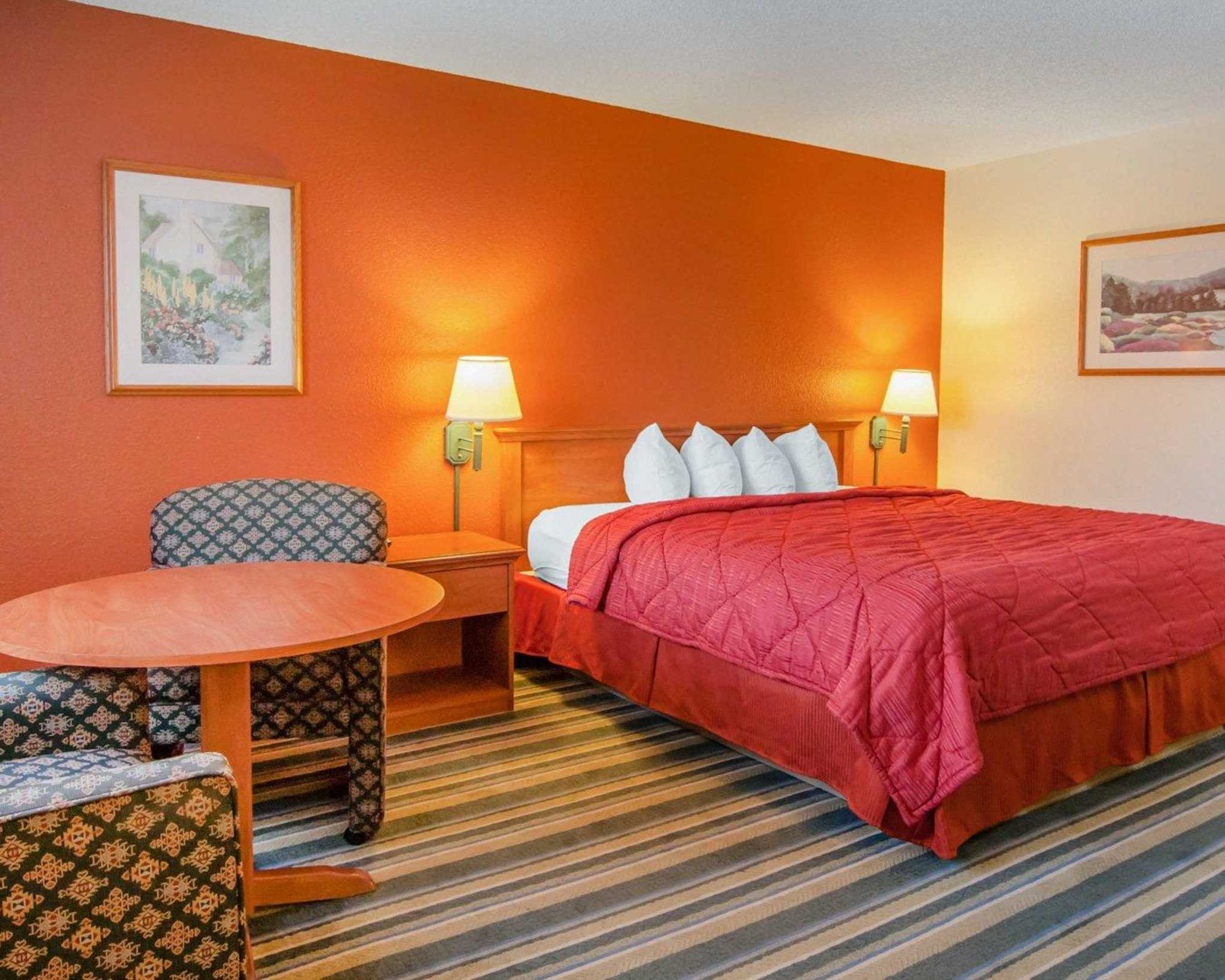 Quality Inn and Suites Airport image 1