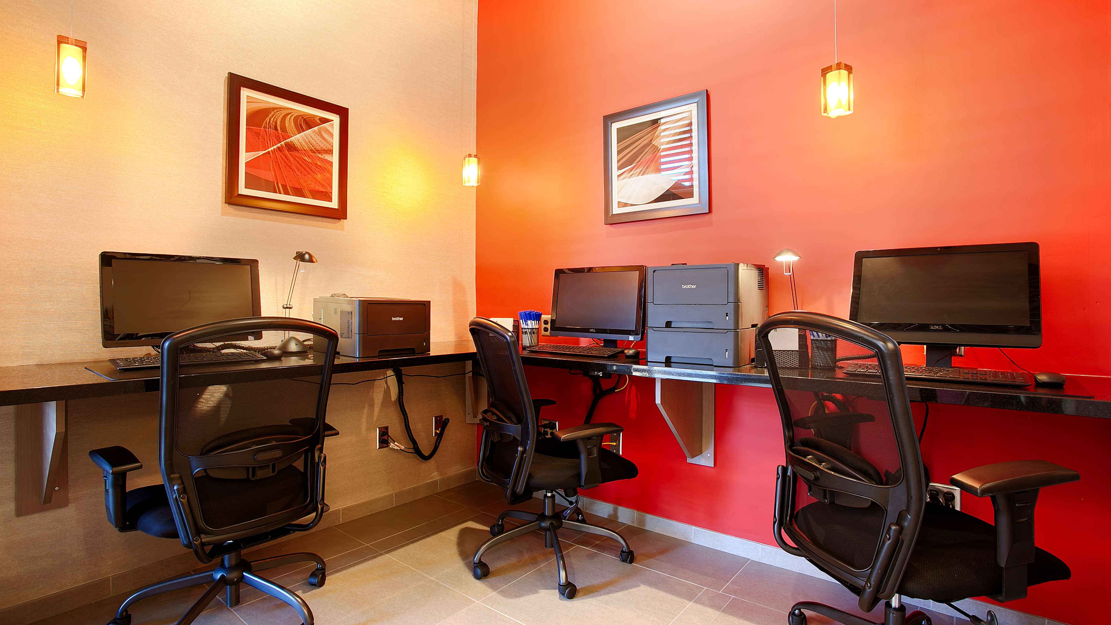 Best Western Plus Park Place Inn - Mini Suites image 5