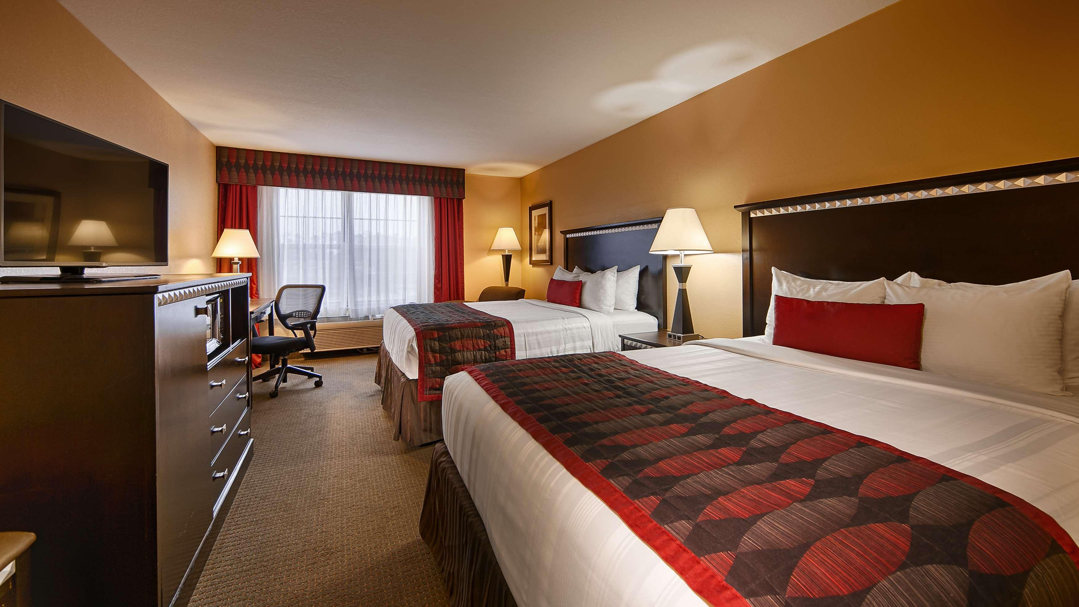 Best Western Plus Bessemer Hotel & Suites image 9