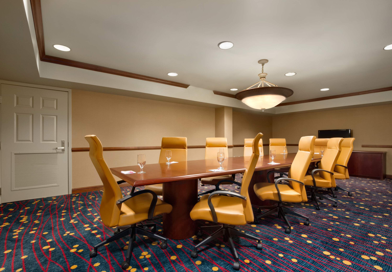 Residence Inn by Marriott Charleston Airport image 11