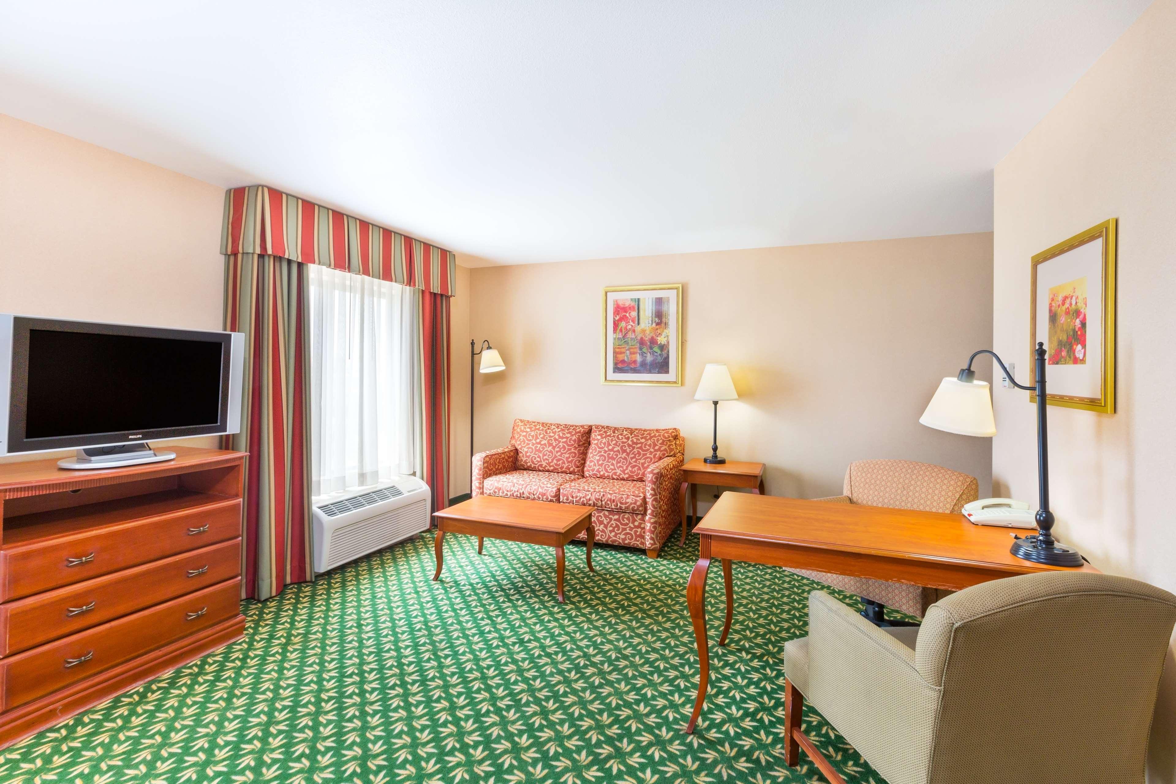 Hampton Inn & Suites Rohnert Park - Sonoma County image 13