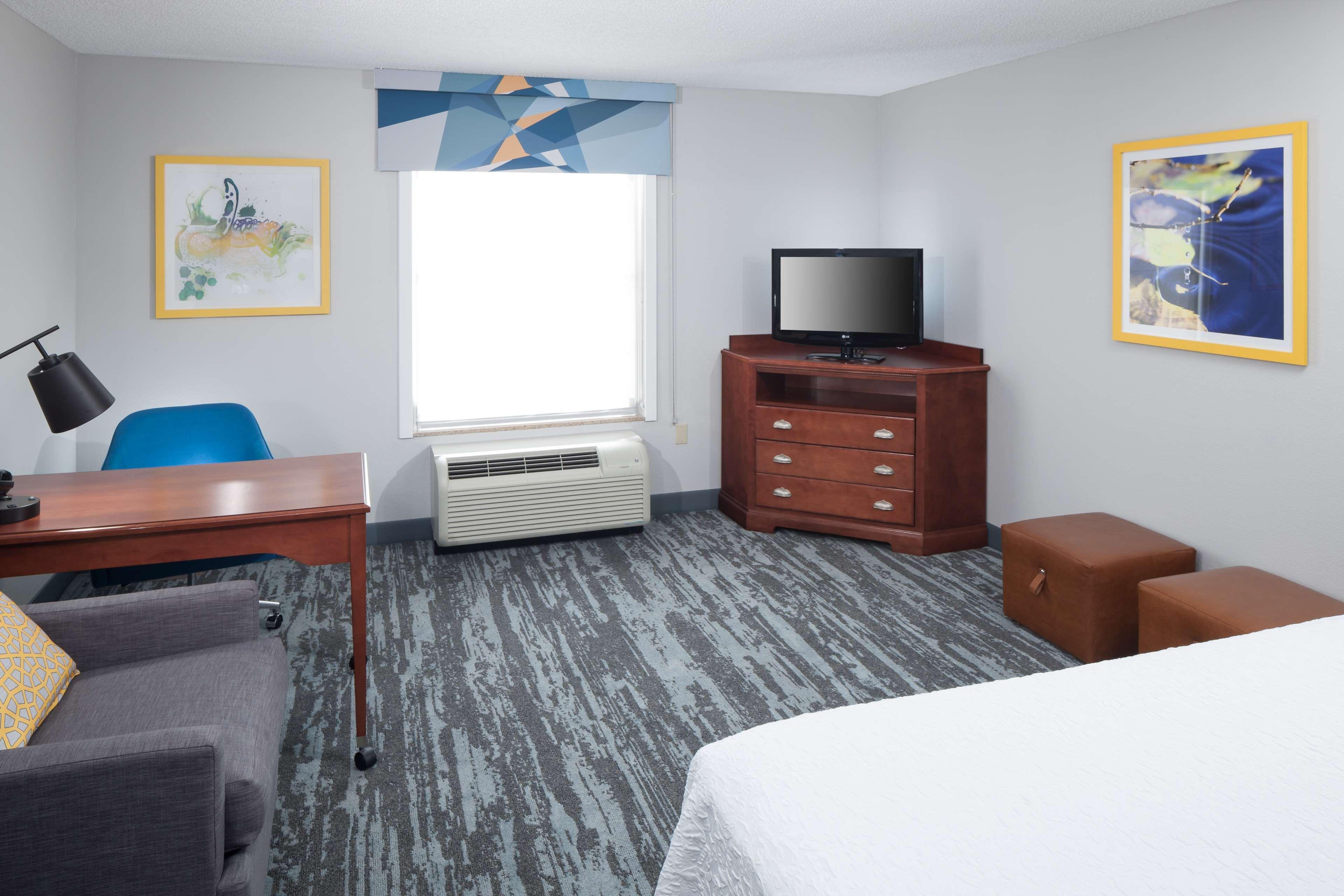 Hampton Inn & Suites Jackson image 23