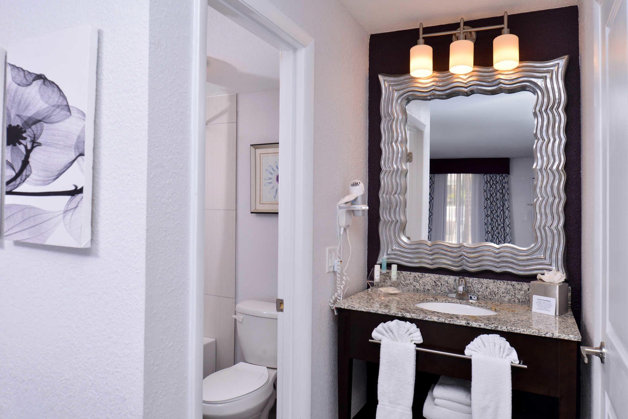 Clarion Inn & Suites Orlando near Theme Parks image 15